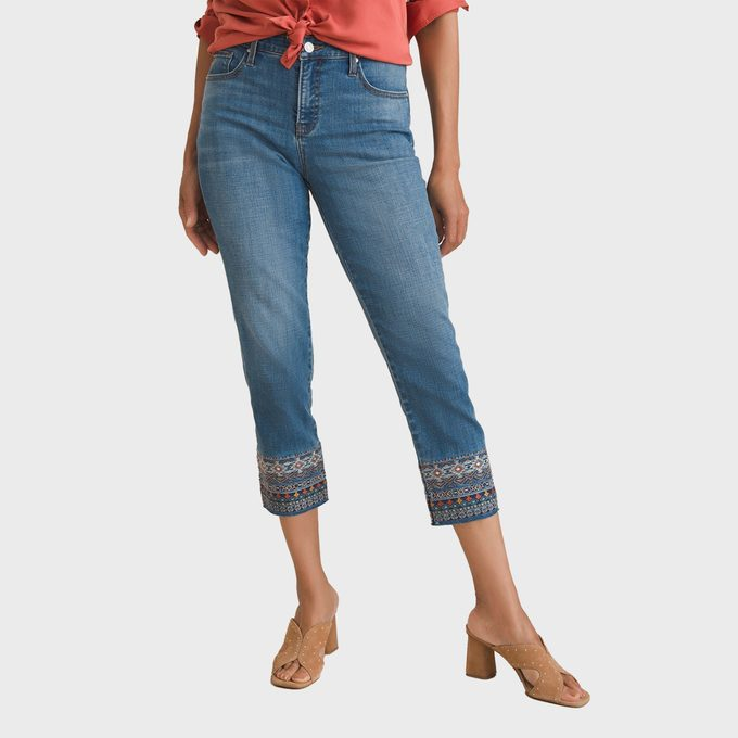 Chicos So Slimming Embroidered Girlfriend Crops