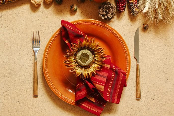 thanksgiving sunflower place setting