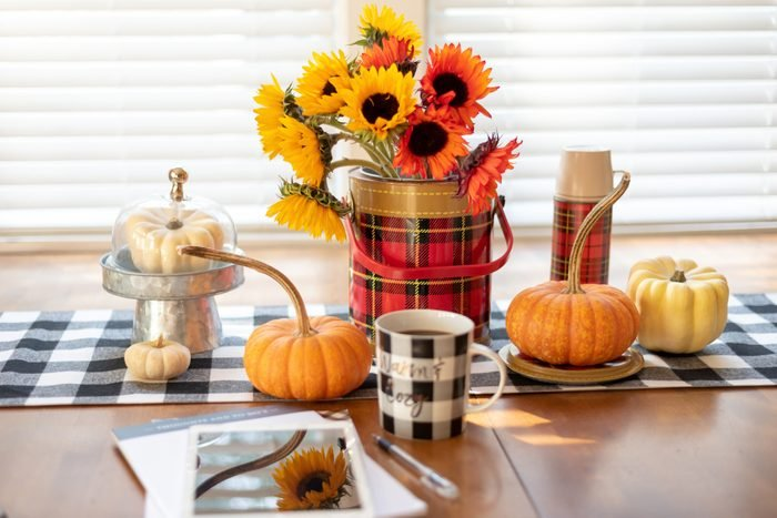 Fall decorations on the table