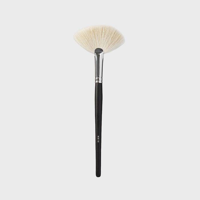 Morphe M310 Large Soft Fan Brush