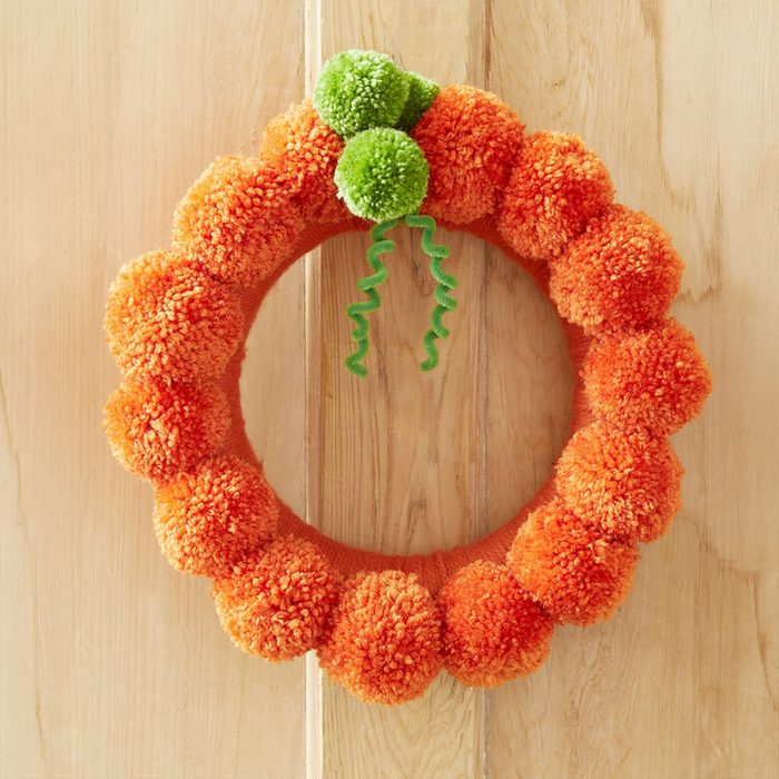 Pom Pom Pumpkin Wreath
