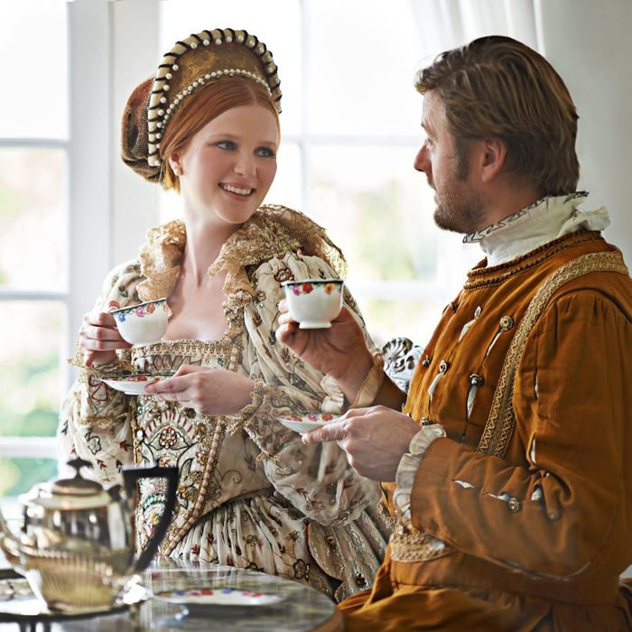 couple dressed in royal halloween costume