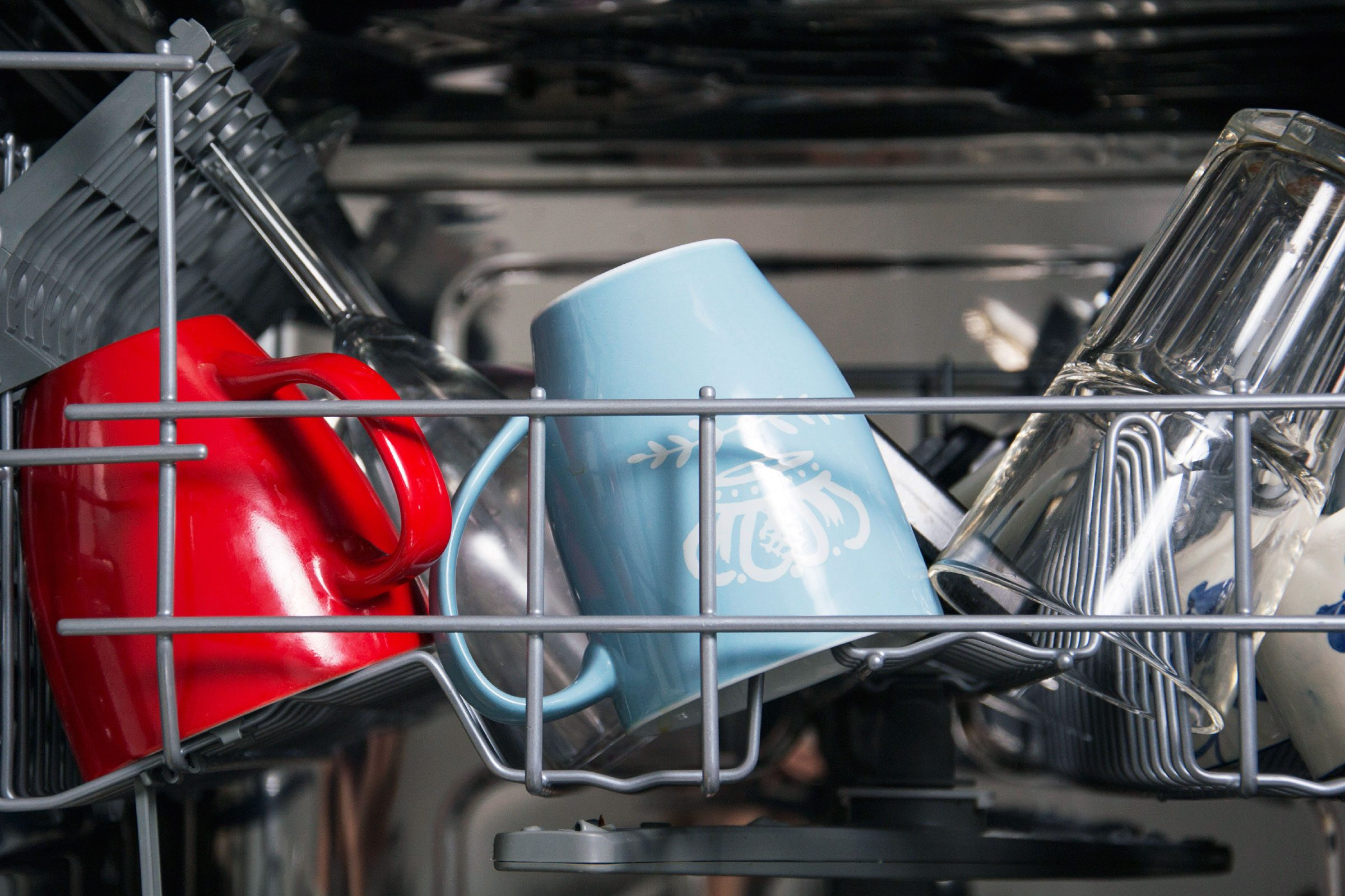Myth: It's better to wash dishes by hand