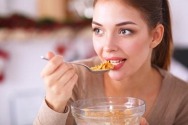 01-eat-amazing-tricks-for-healthy-glowing-skin-242943184-S_L