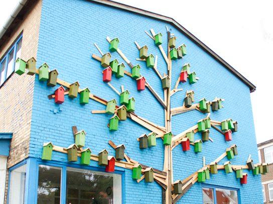 33 grandes diseños del Birdhouse que realzan belleza de la decoración casera