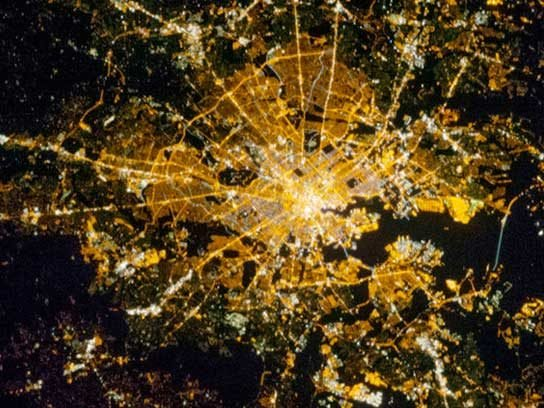 9 Incredible Pictures of City Lights From Space | Reader's ...