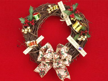 3 quick and easy christmas wreaths pictures and ideas - Bricolage de noel pour adulte ...