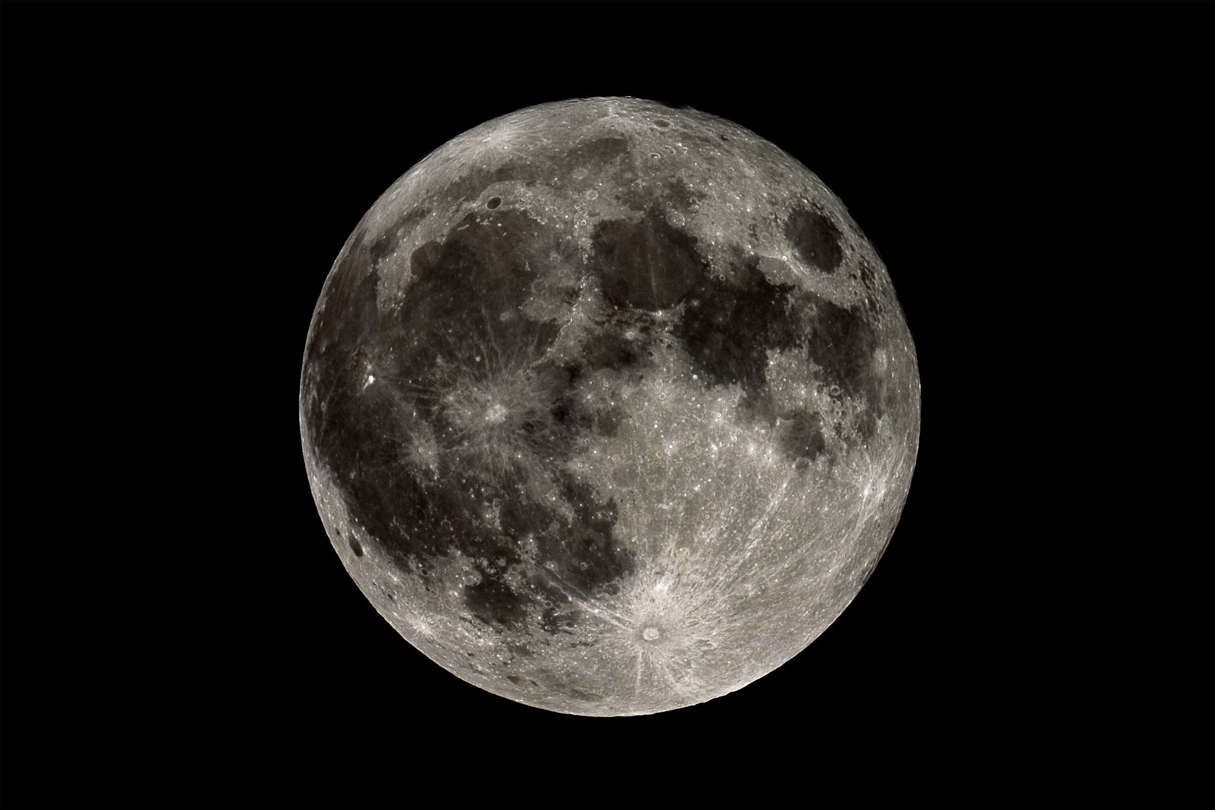 how does the moons - photo #12
