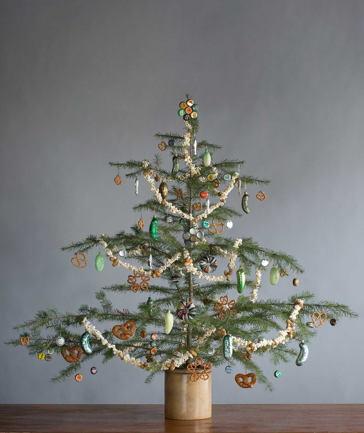 Christmas Decorations: Creative Christmas Tree Decorations