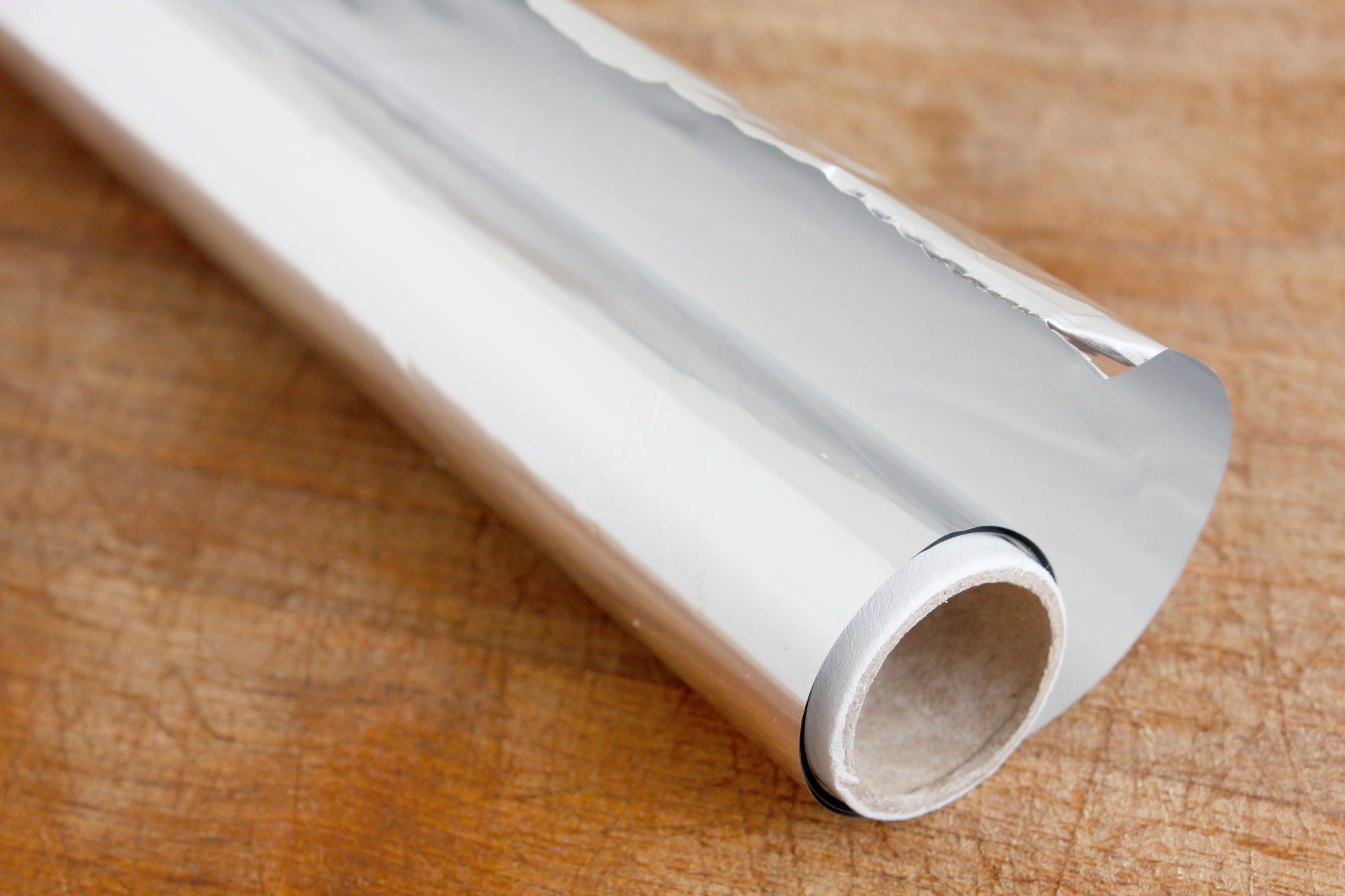 how to polish silver 13 surprising methods reader 39 s digest. Black Bedroom Furniture Sets. Home Design Ideas