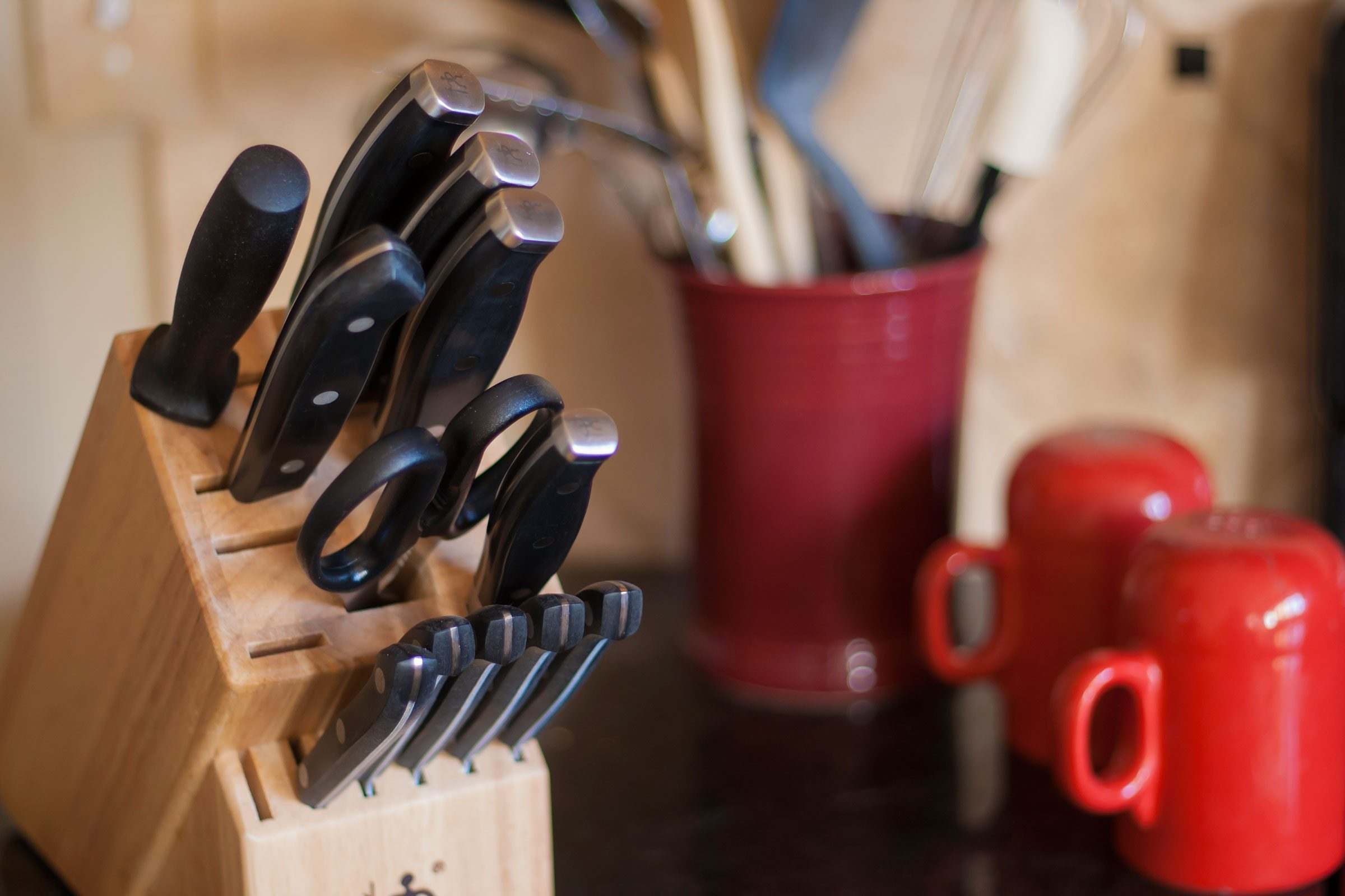 7 Surprisingly Germy Kitchen Items You Never Think To