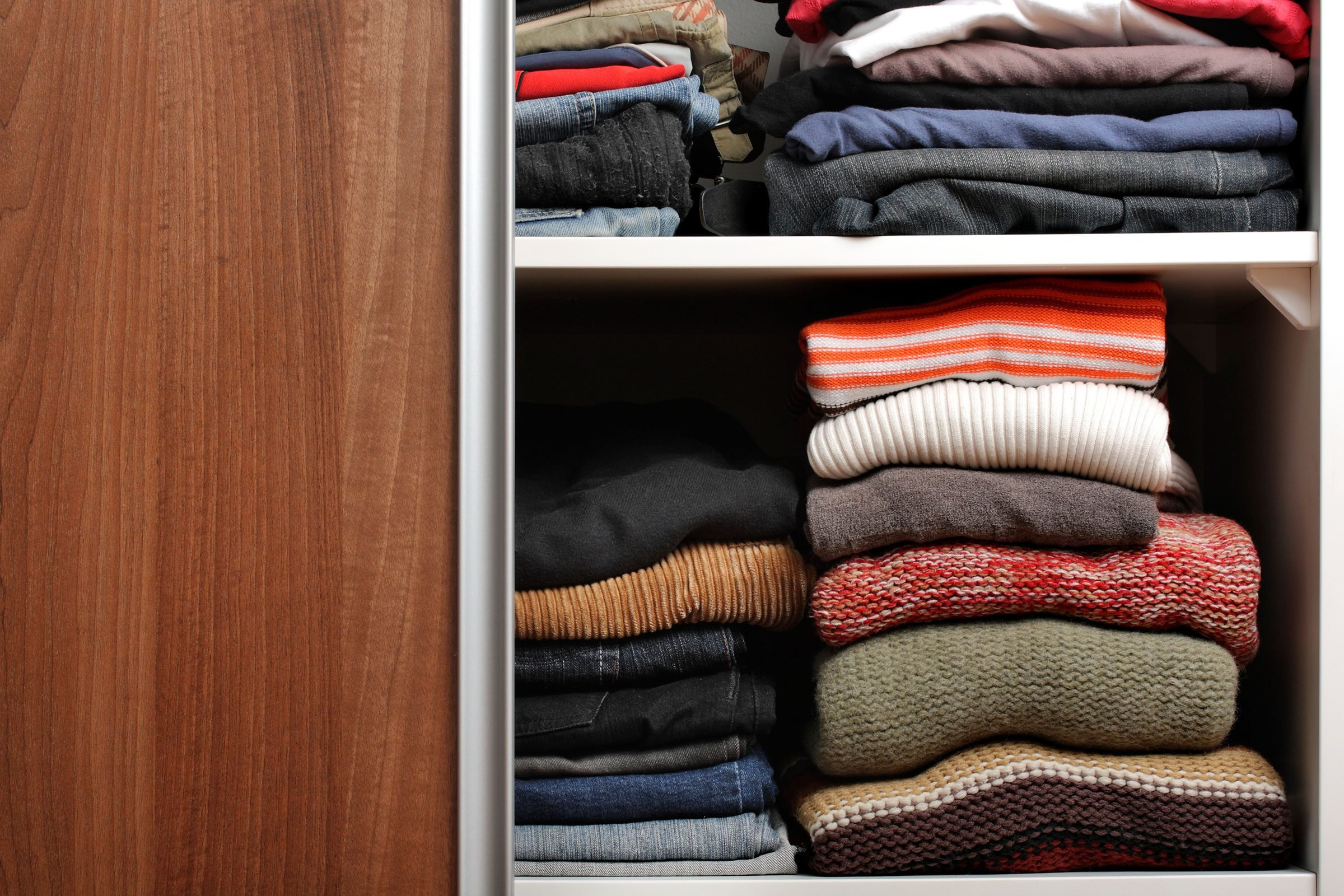 organize your closet: 9 rules for what to keep | reader's digest