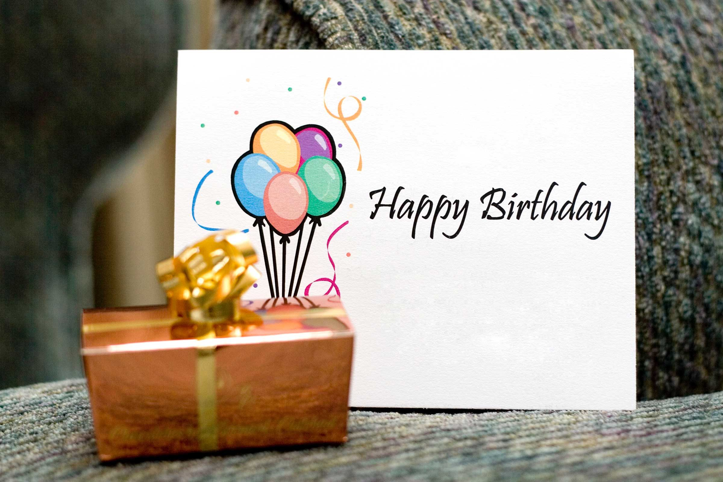 13 Things Your Card Store Wont Tell You on Valentines Day – Birthday Card Store