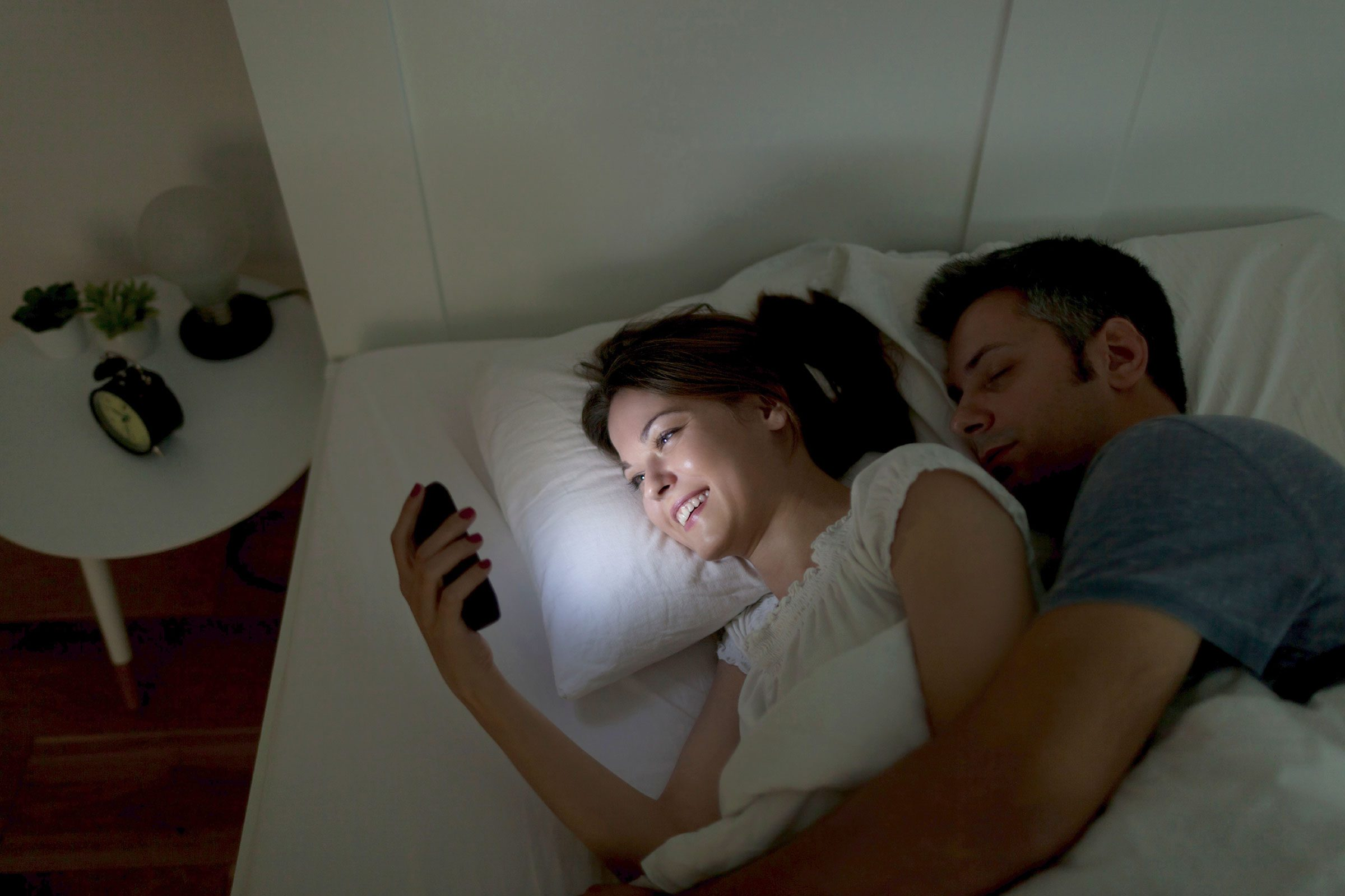 Don't Bring Your Phone Or Tablet To Bed