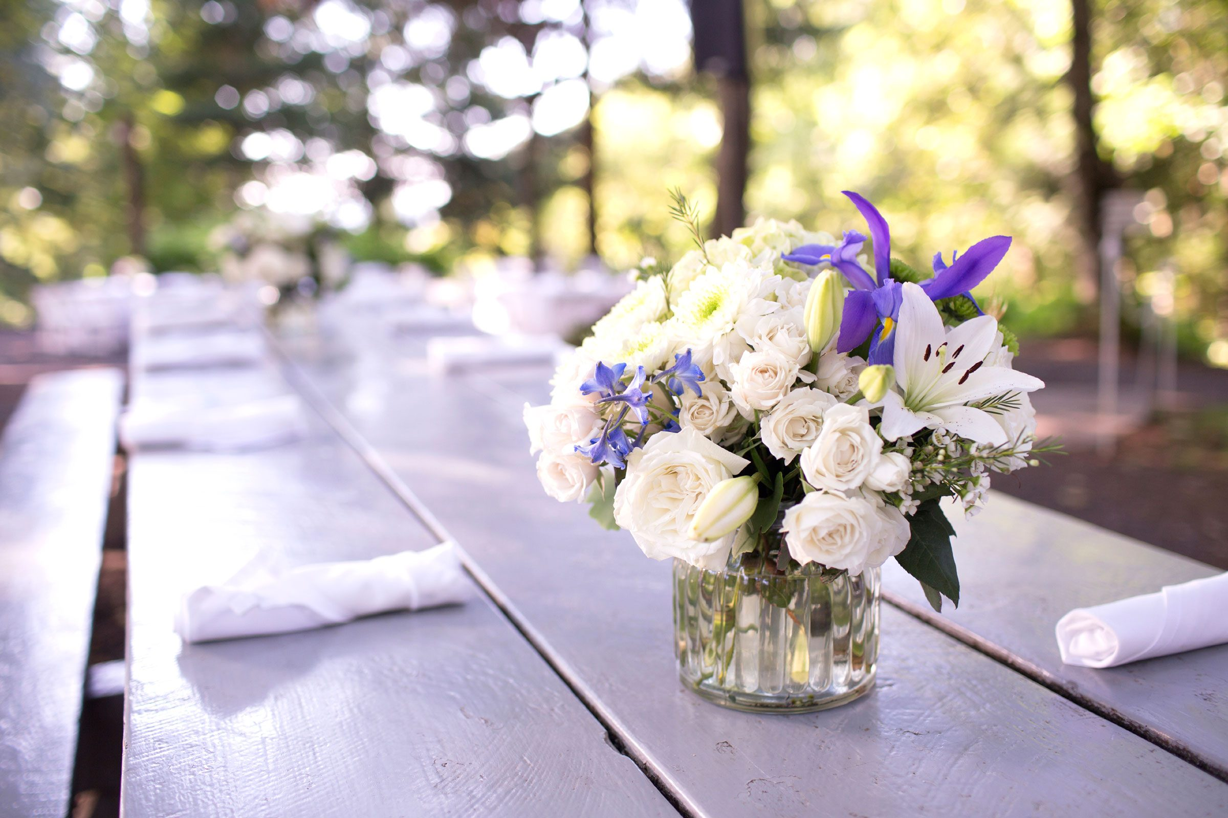13 things your florist wont tell you readers digest thanks for continuing to buy flowers even in this economy dhlflorist Gallery