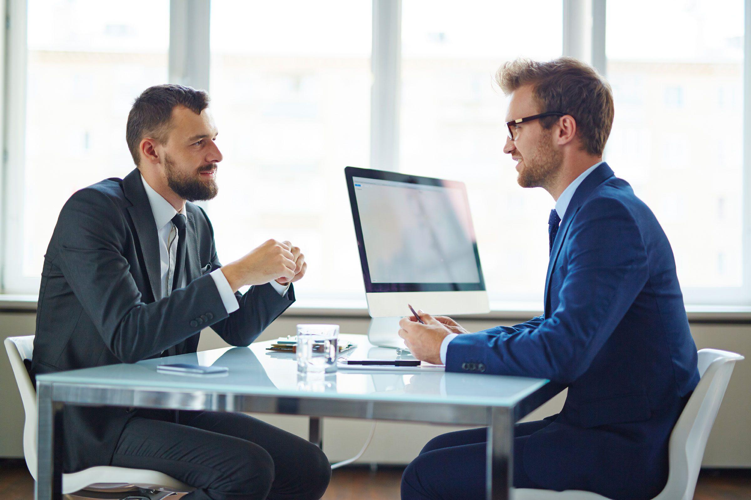 Funny Interviews Meet The Dumbest Job Applicants Reader