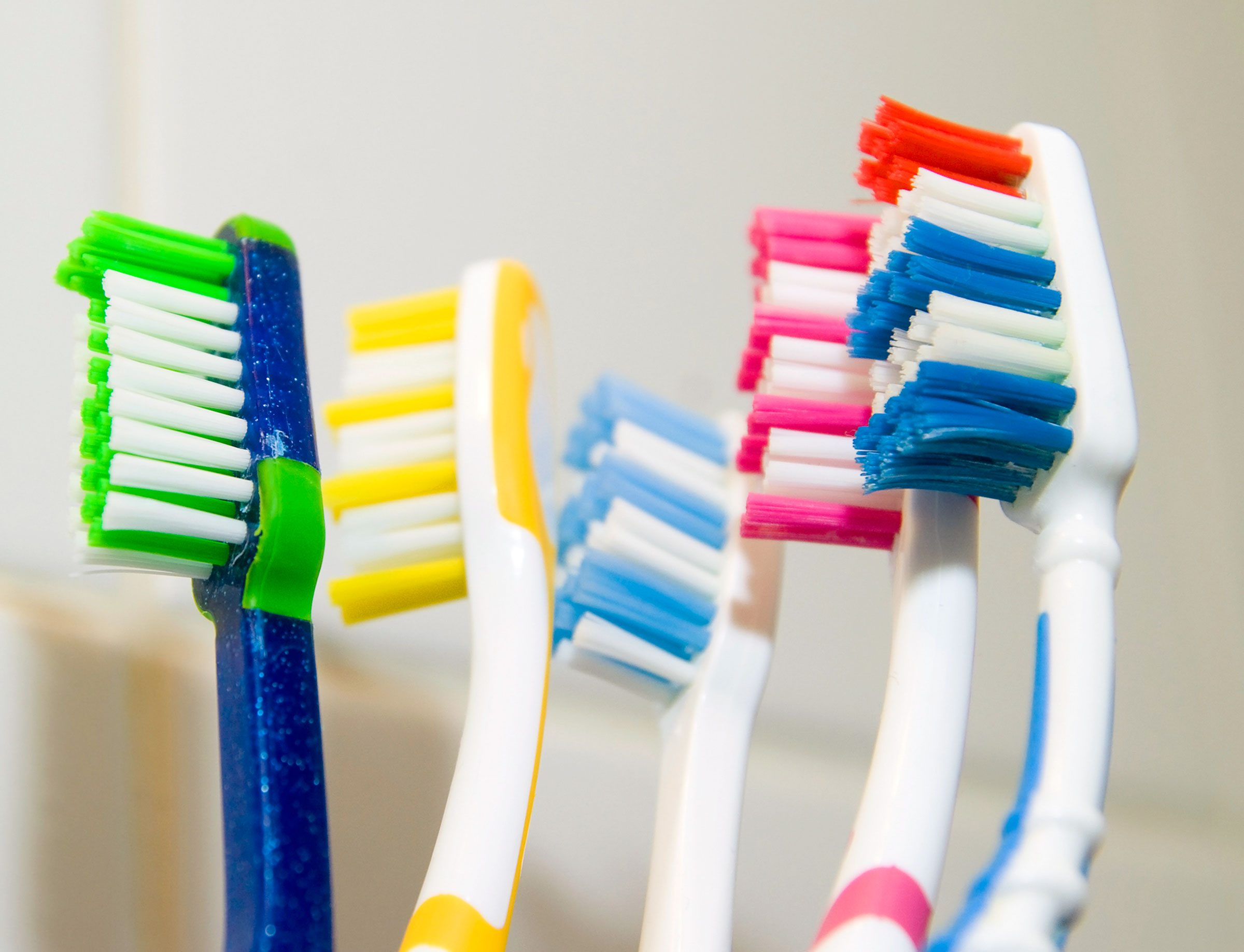 9:30 A.M.: Don't Screw Up Brushing Your Teeth
