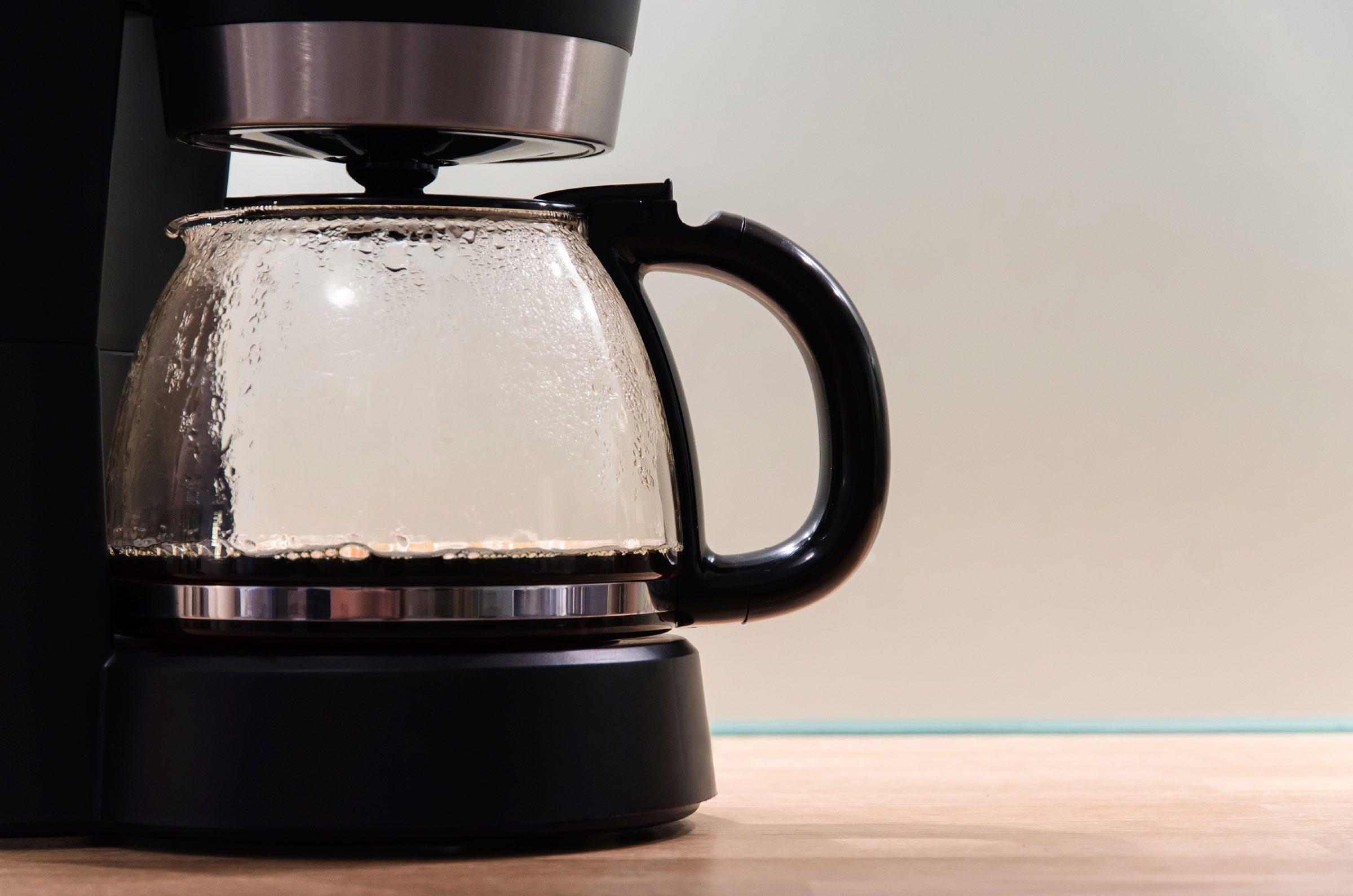 A Quick Coffee Pot Tip