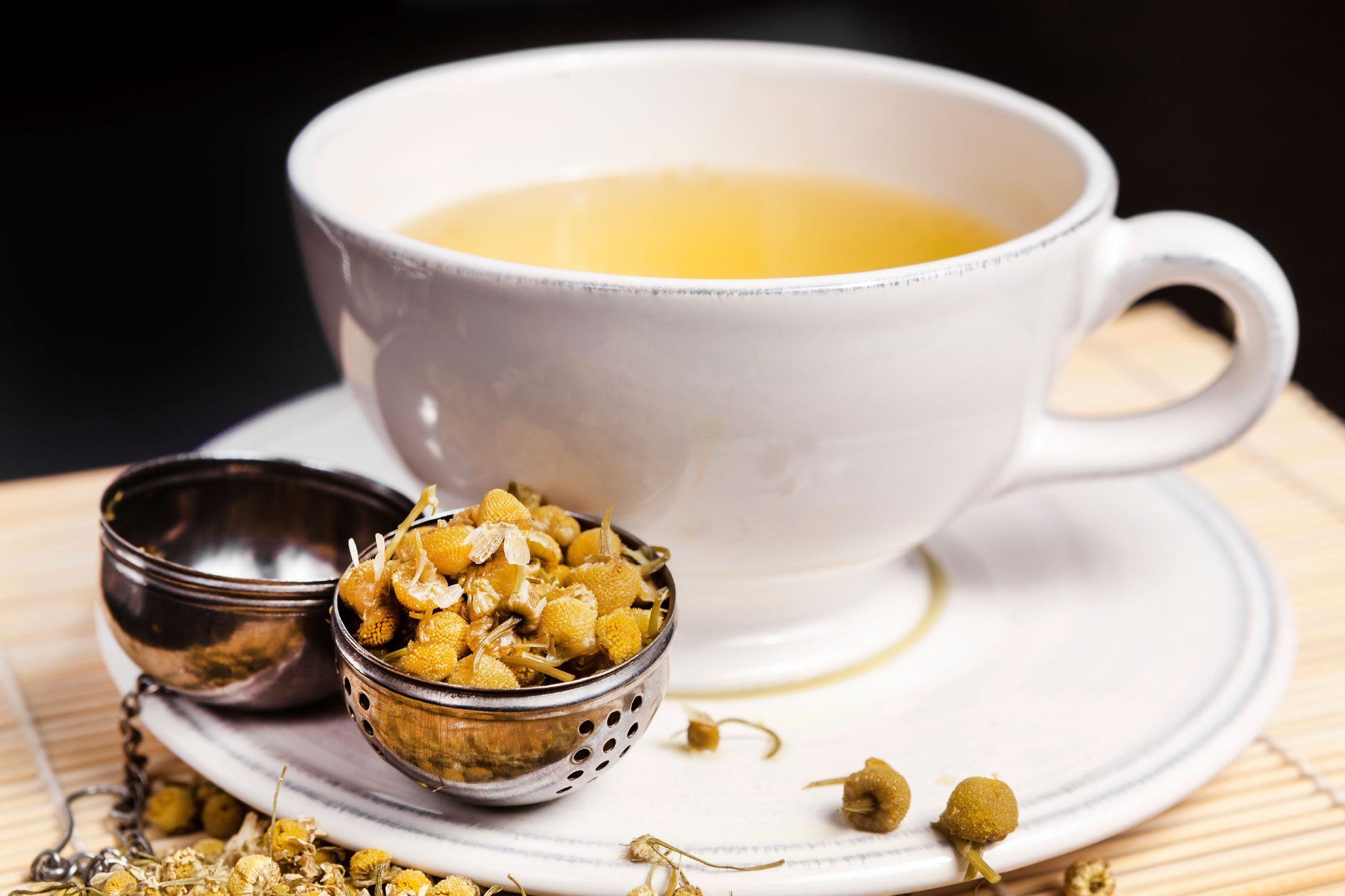 Headache home remedy: Brew chamomile tea