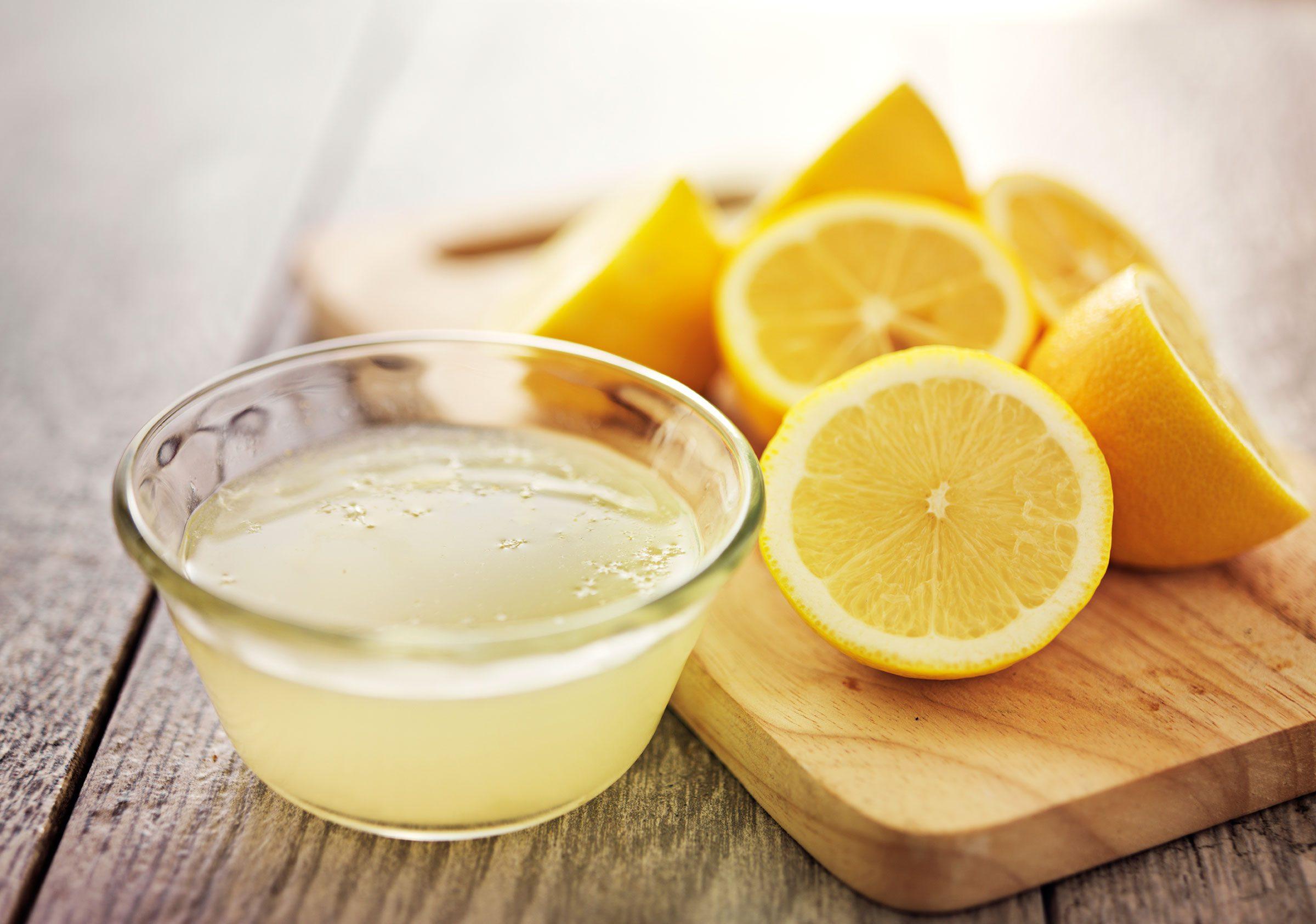 Juice a lemon with a microwave