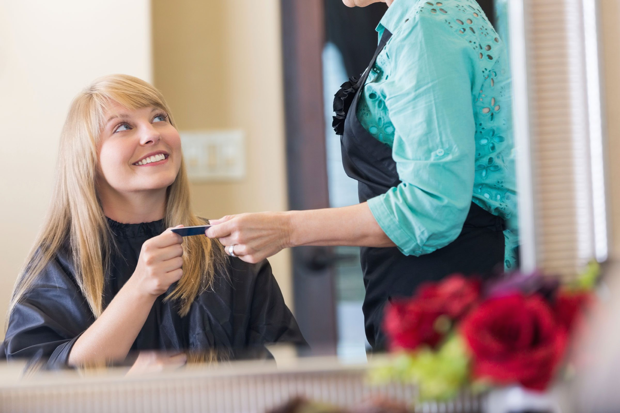 For stylists, tips should be 15 to 20 percent of the total cost of your bill.