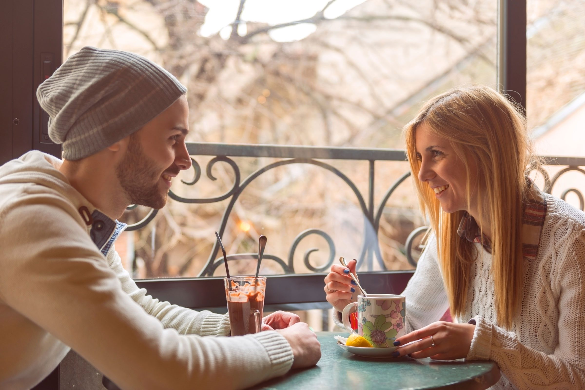 Ask Waitress Out Date Secrets Your Waiter Wont Tell You First Date