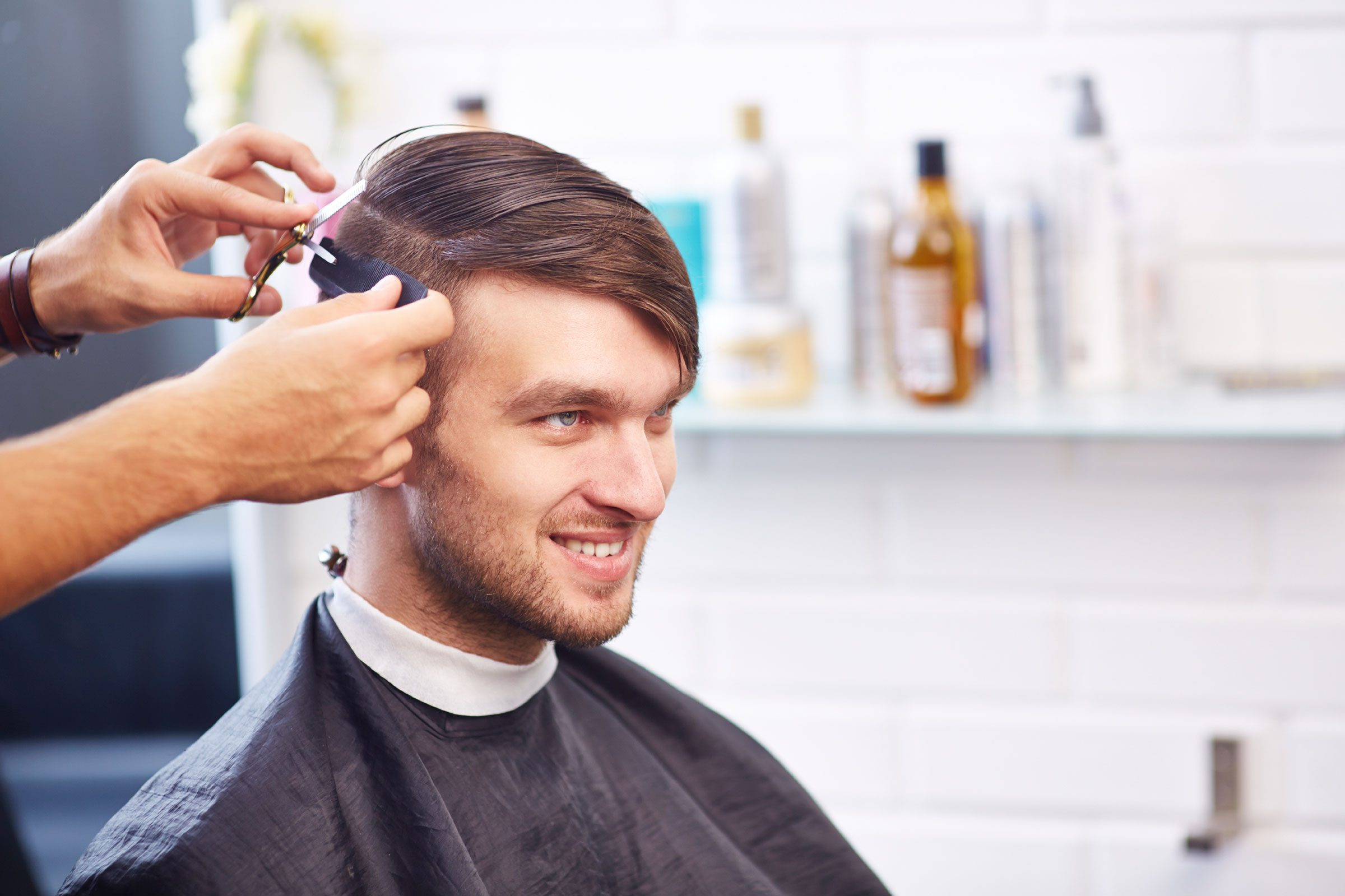 Super Secrets Hair Stylists Won39T Tell You Reader39S Digest Short Hairstyles Gunalazisus