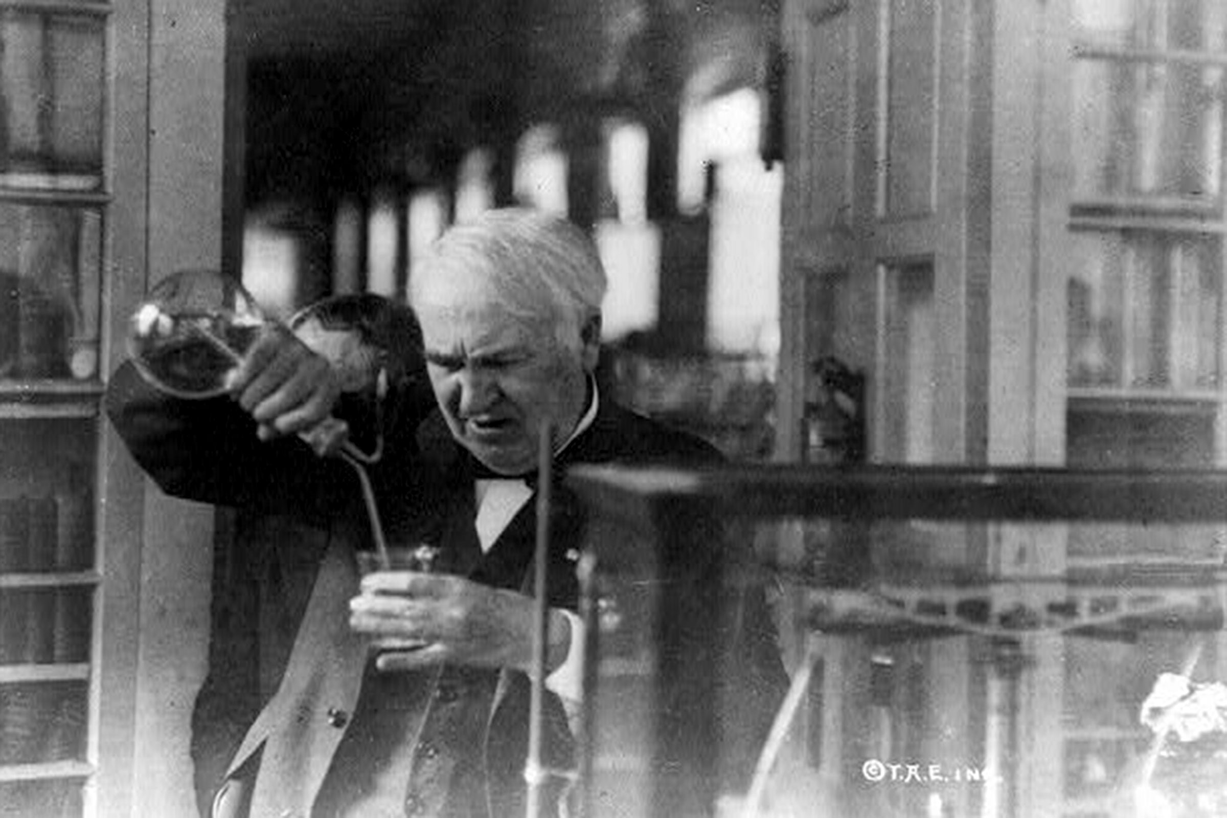"the inventions of thomas edison Edison invented the ""kinetoscope,"" which was a box that contained strips of pictures when the person looked through a hole, the pictures were pulled through, with the result that it looked as if the pictures were moving."