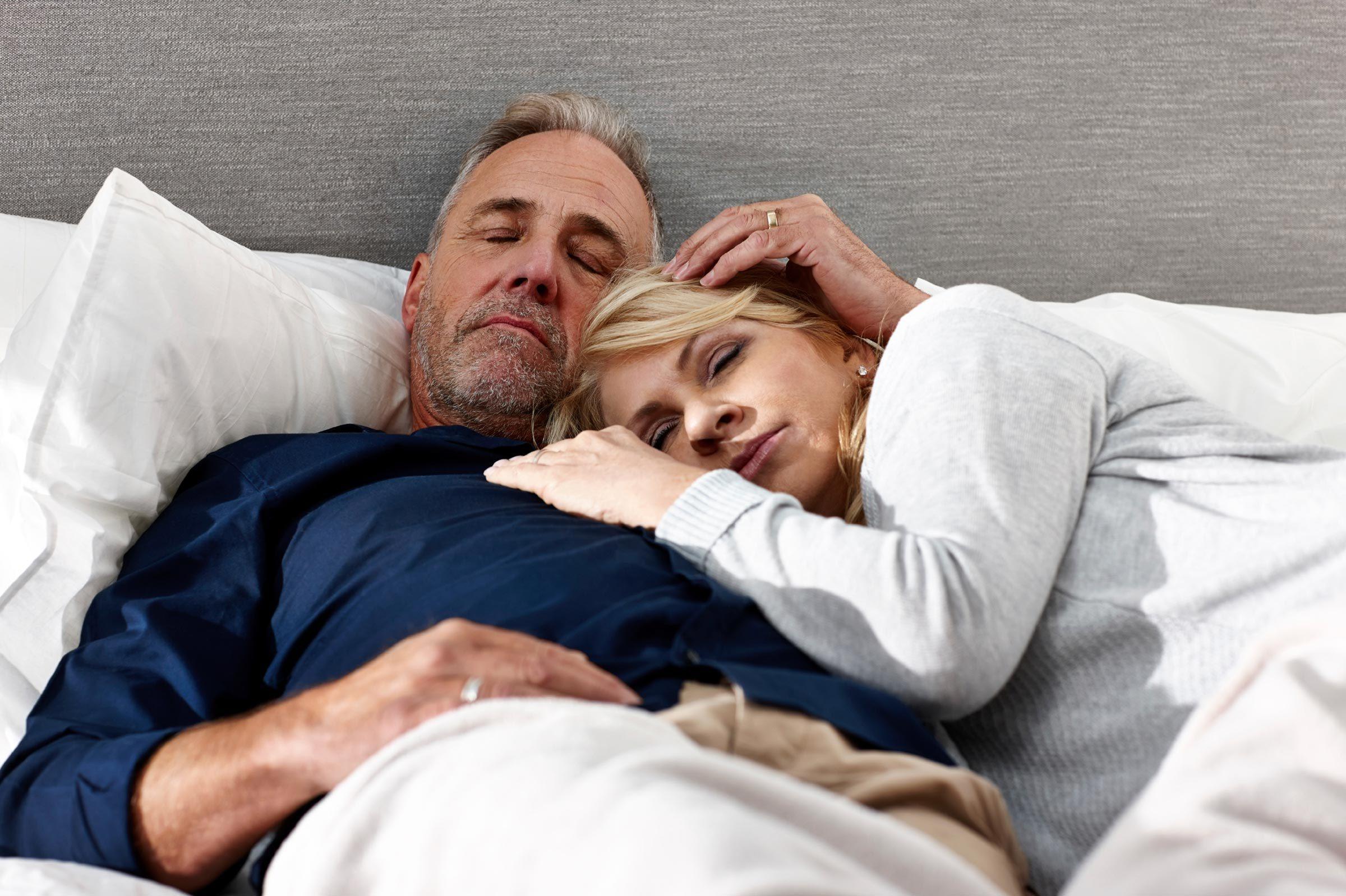 fashion sleep marriage couples
