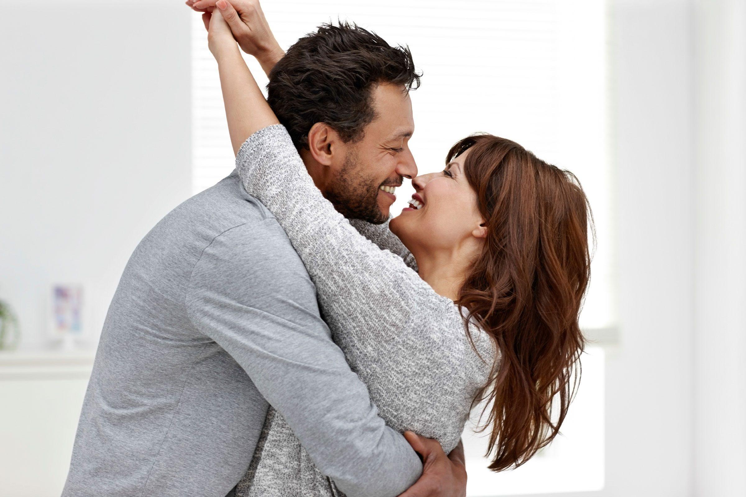 Imagini pentru happy couple