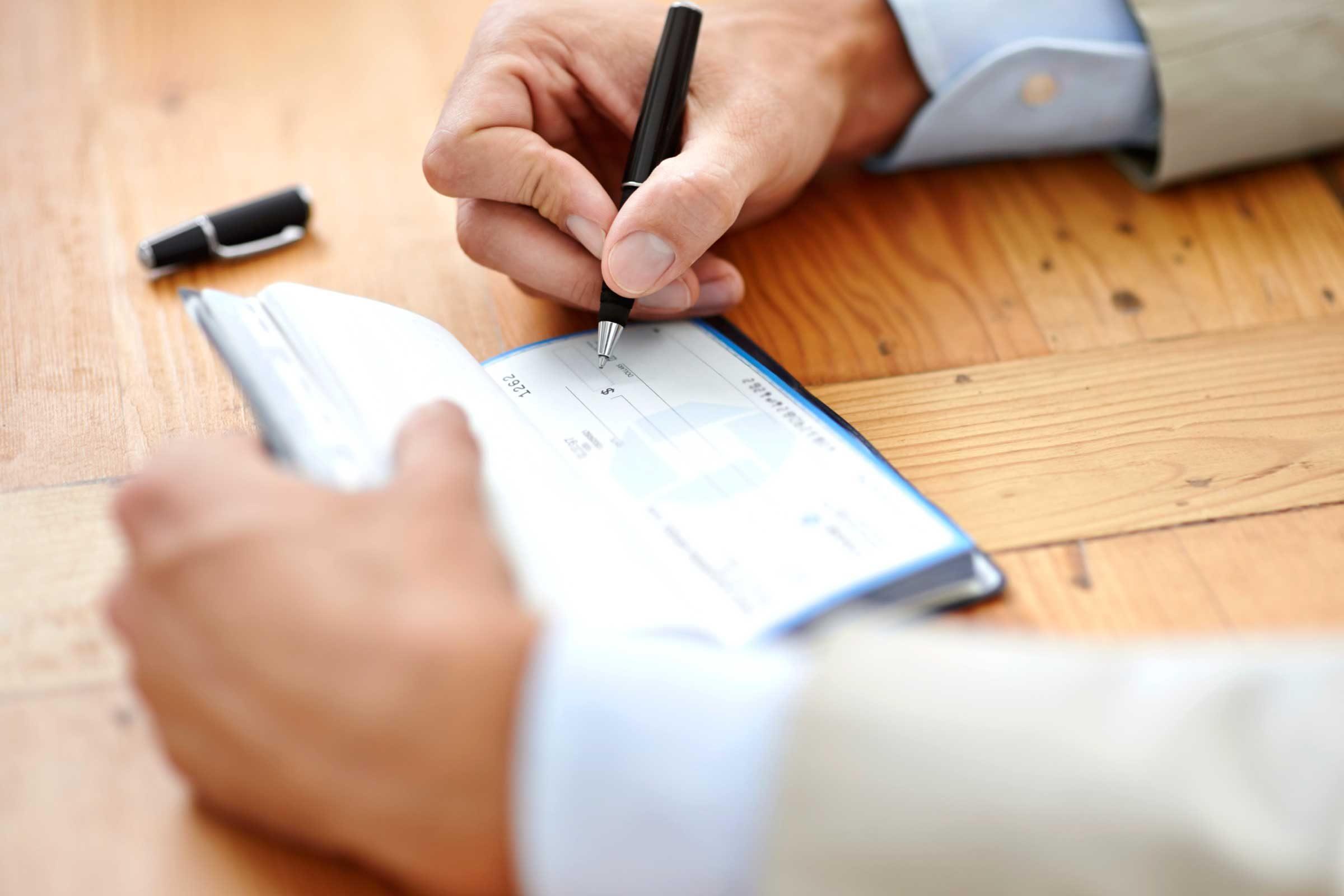 Good savers use cash or checks