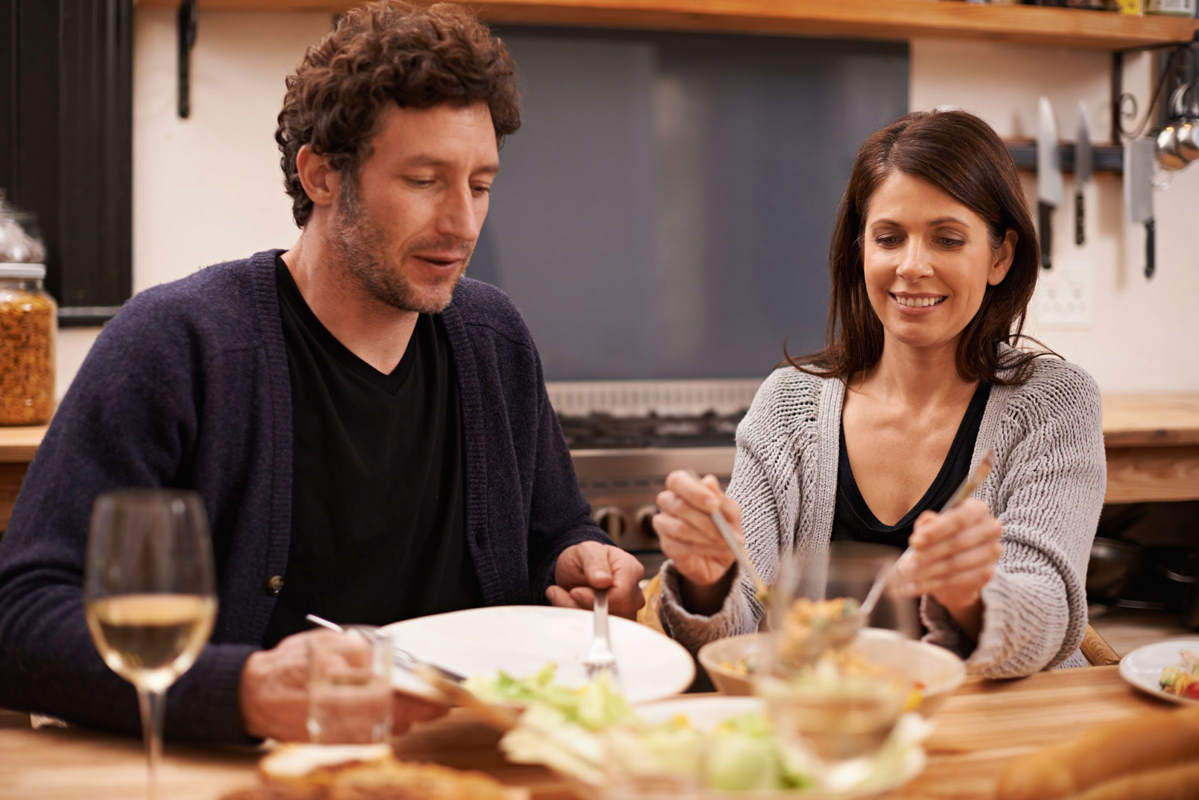 Romantic Things to Do After Dinner Dating Tips