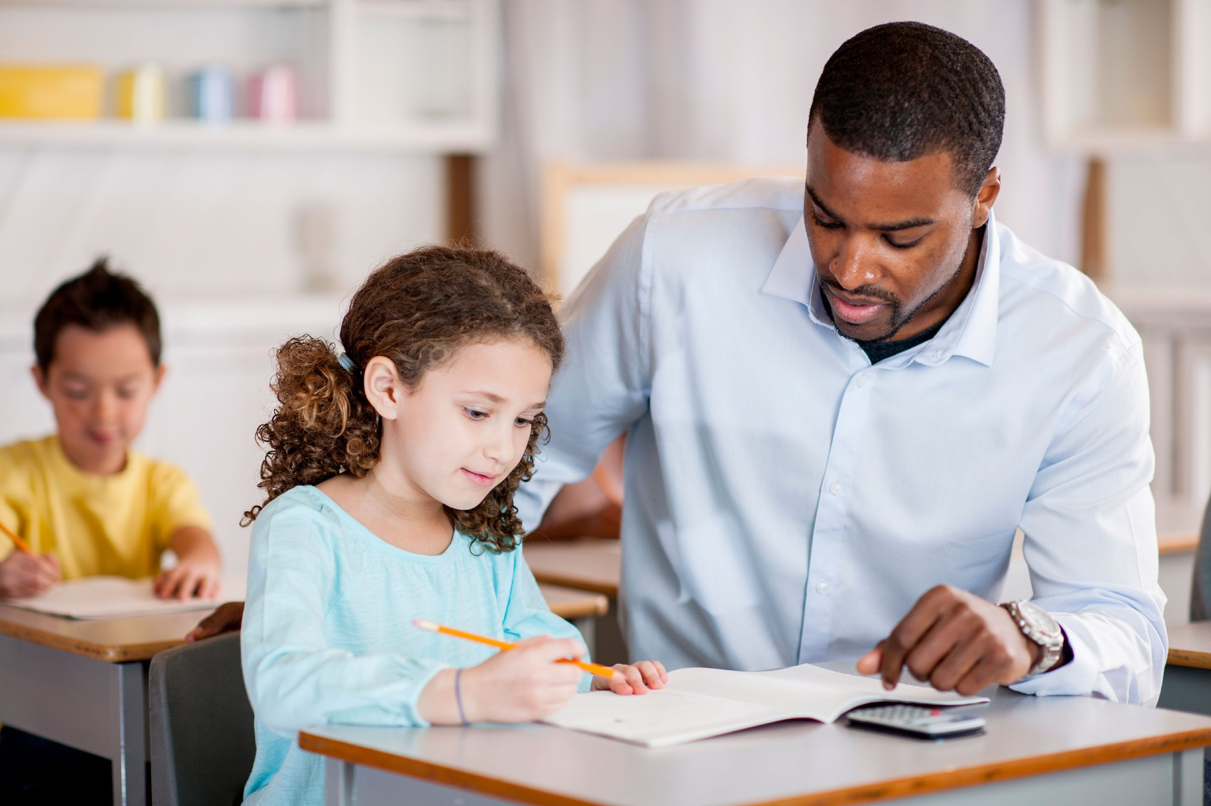 kinds of teachers Learn what those different teaching styles are and discover yours course categories these kinds of teachers are the sole person of authority and leadership.