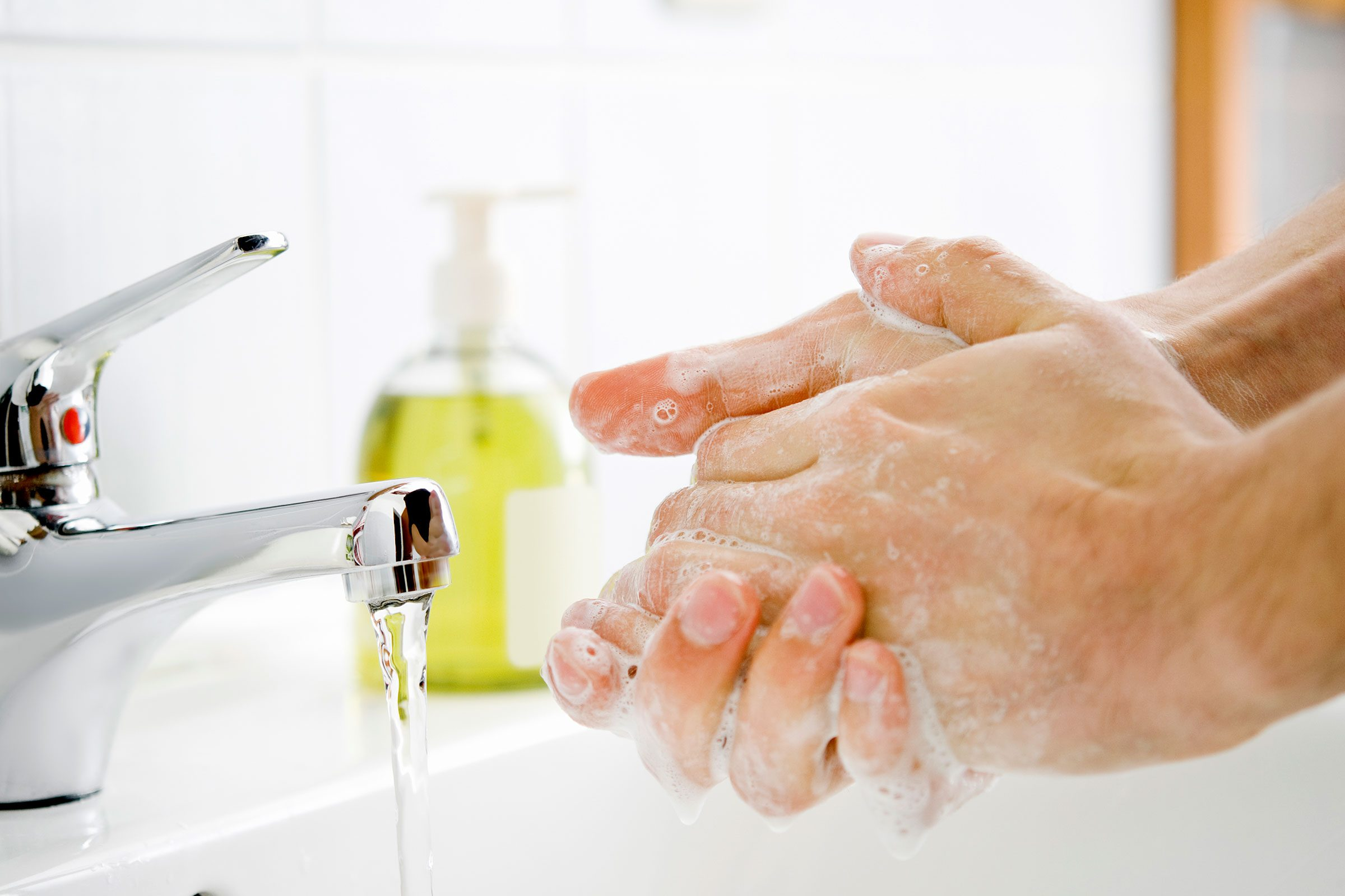 Foaming hand wash