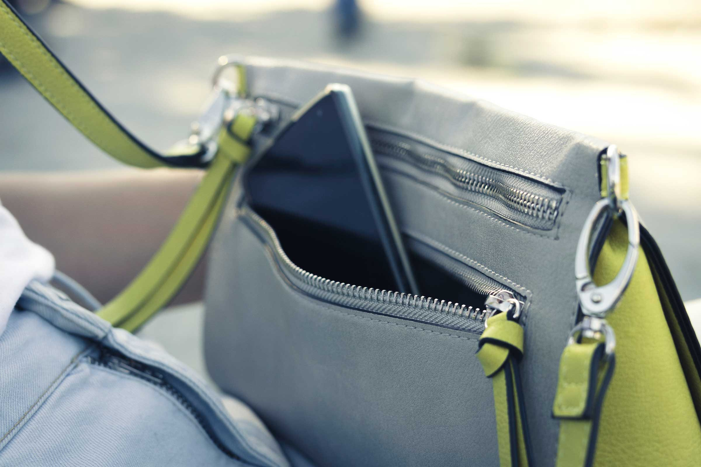 fake chloe - 12 Items You Shouldn't Carry in Your Purse | Reader's Digest