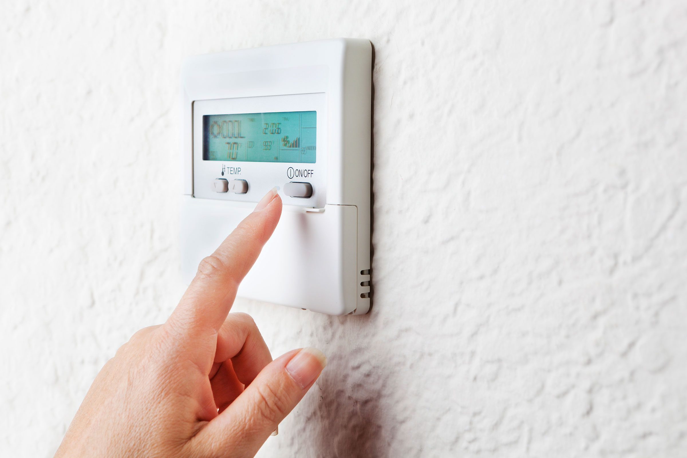 Run the air conditioner at home