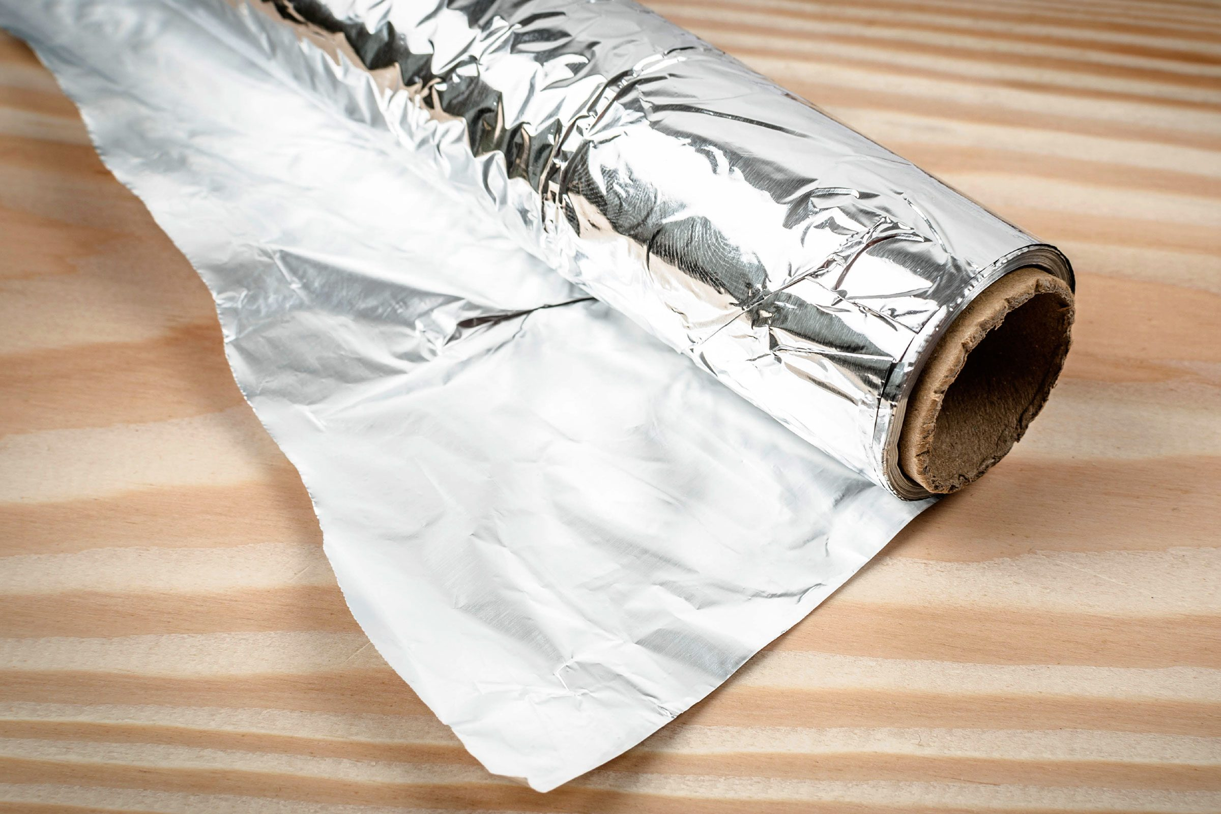 Aluminum foil deters insects