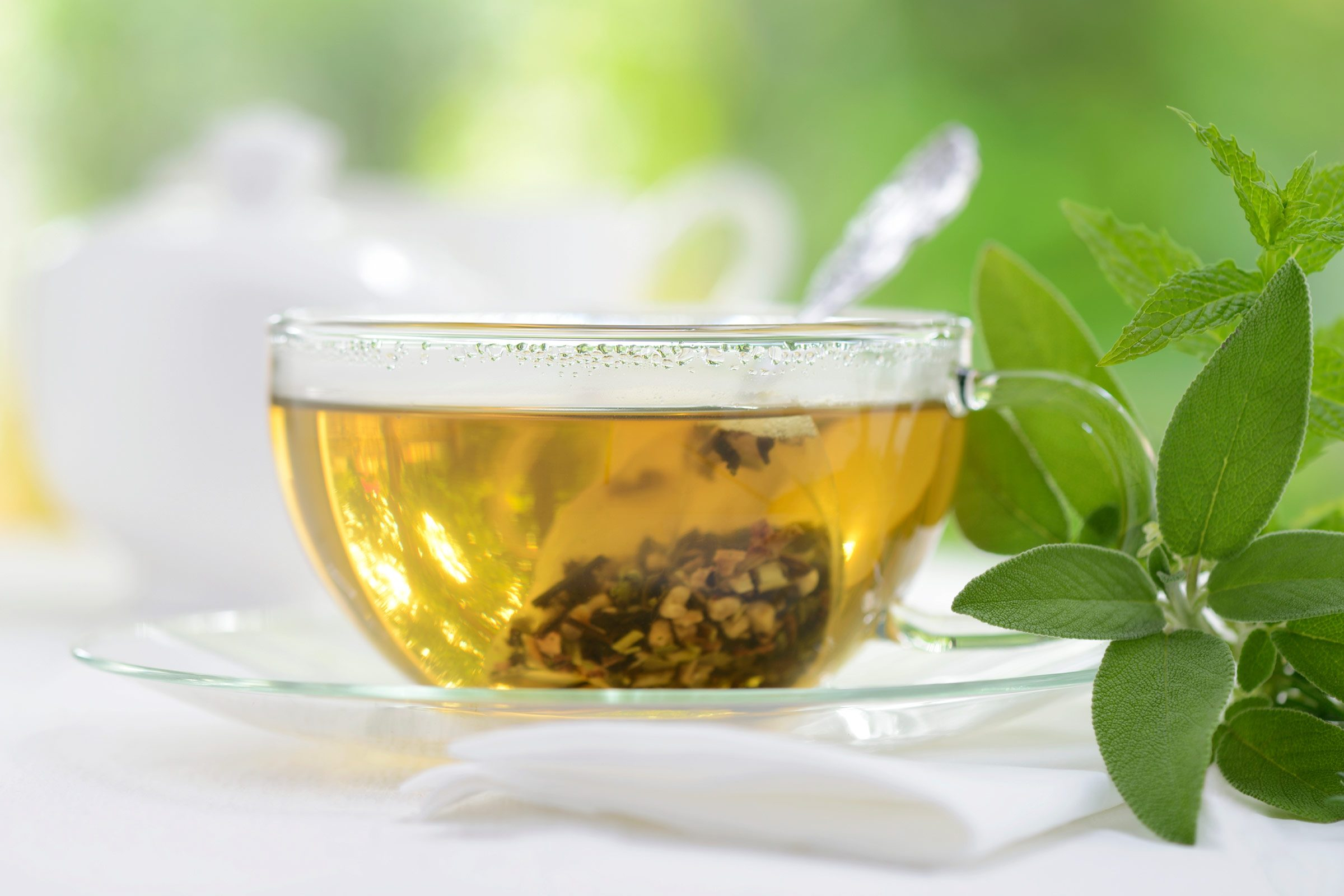 Sore throat remedy: Green tea