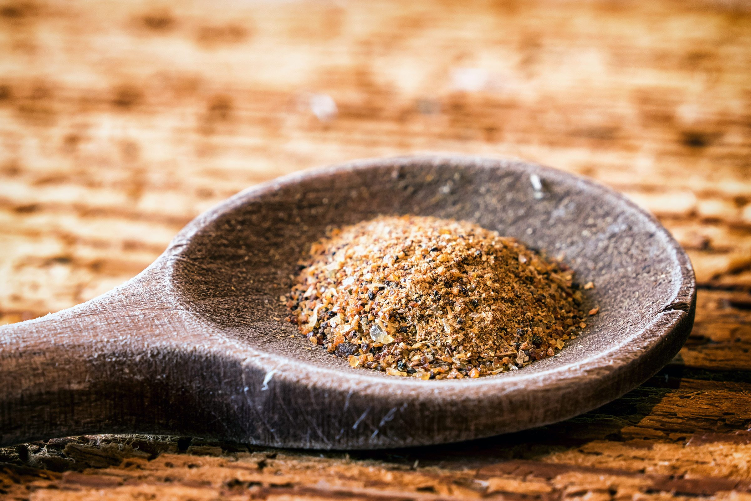 Sore throat remedy: Myrrh and water