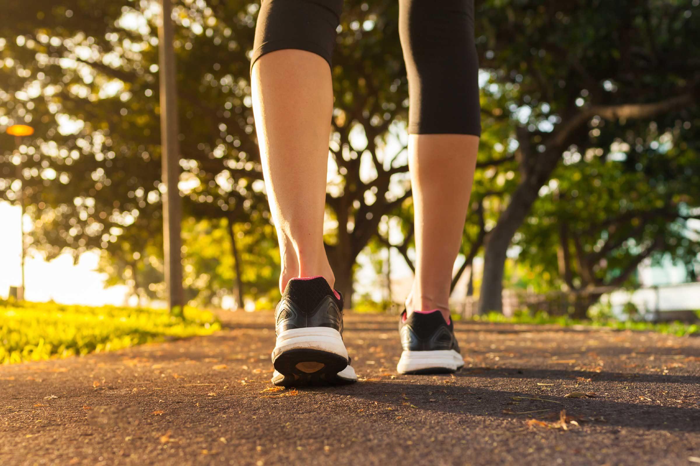 Secret du corps: la marche aide à se sentir de meilleure humeur