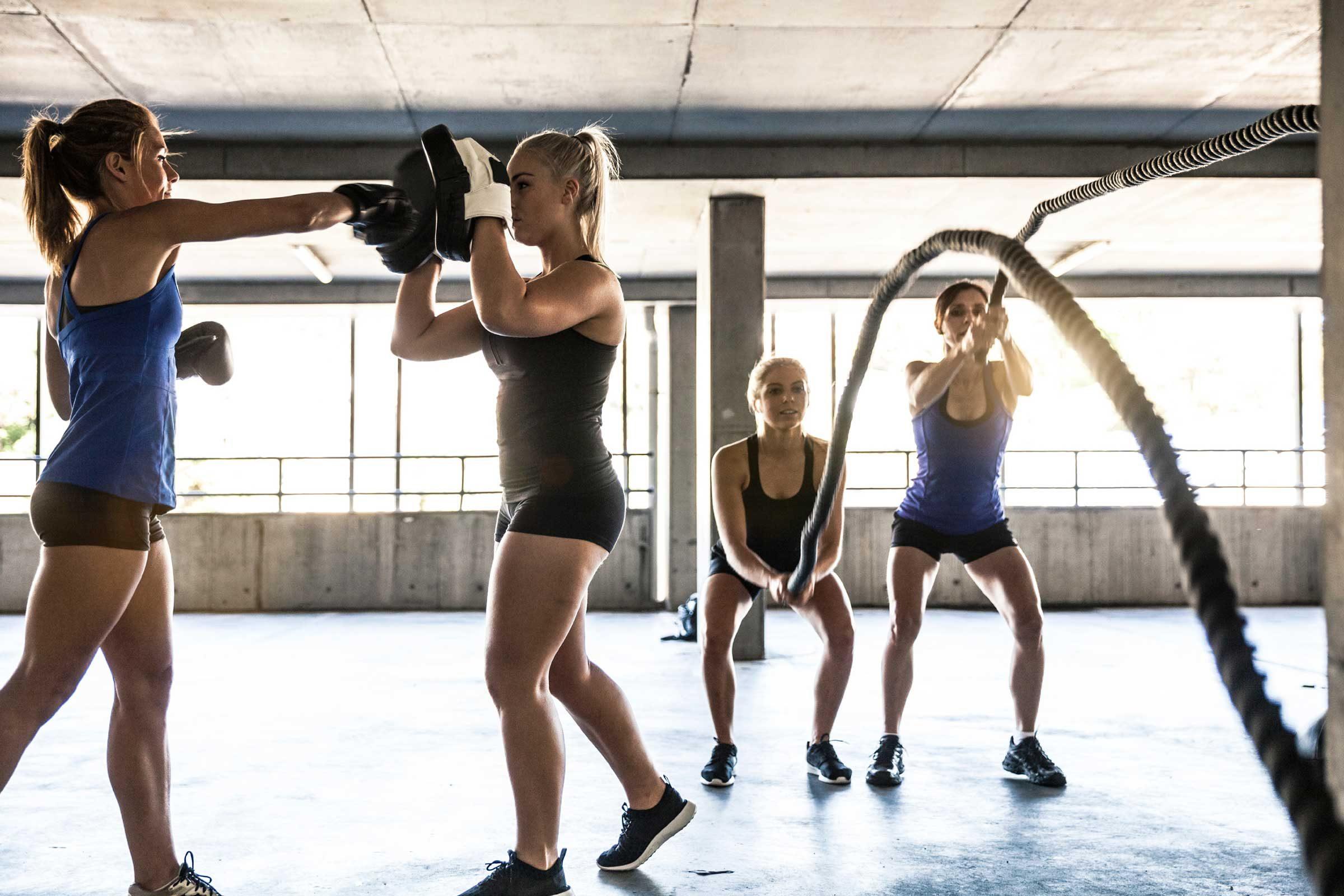 L'entraînement par intervalle à haute intensité est une bonne façon de brûler les graisses
