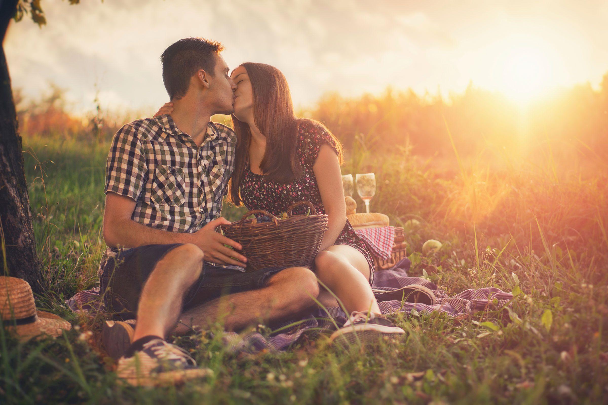 Introvert Dating Sites Zero-Pressure Ways To Meet Love Online
