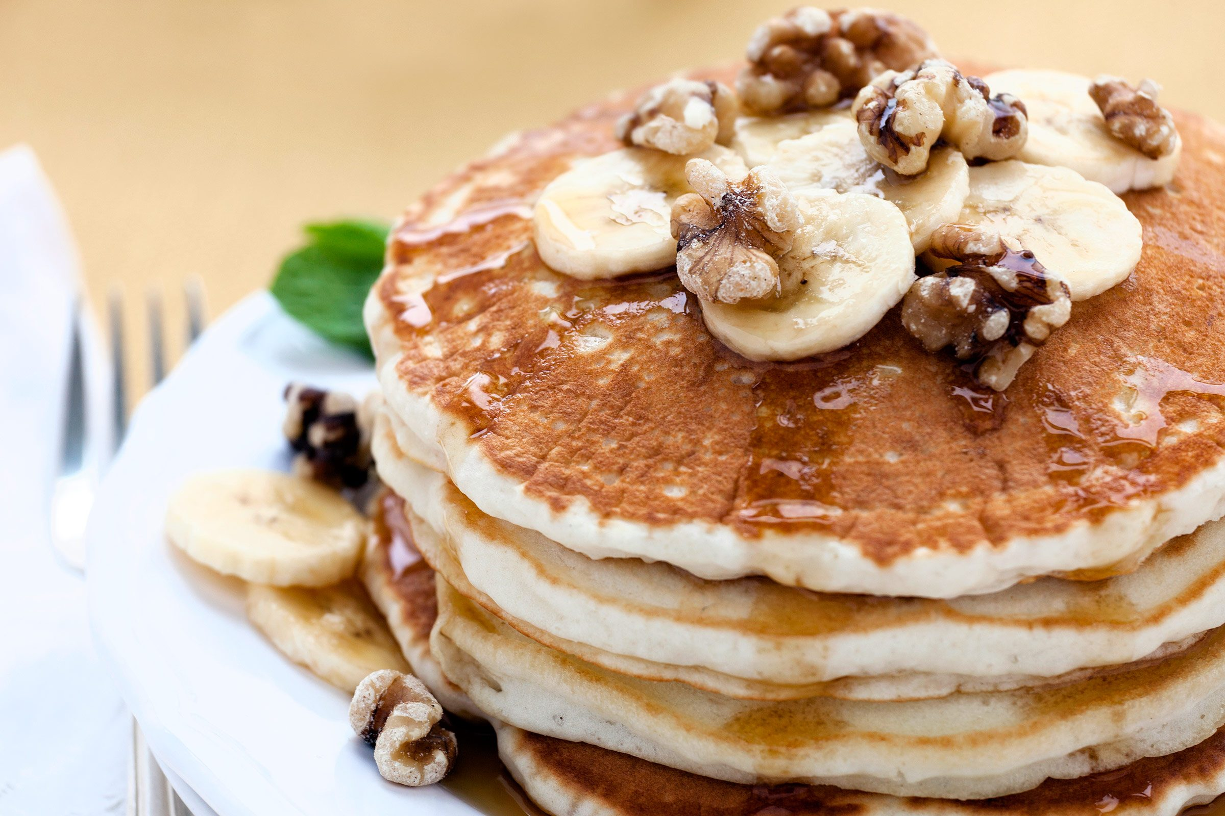 Ginger Pancakes with Banana-Walnut Topping