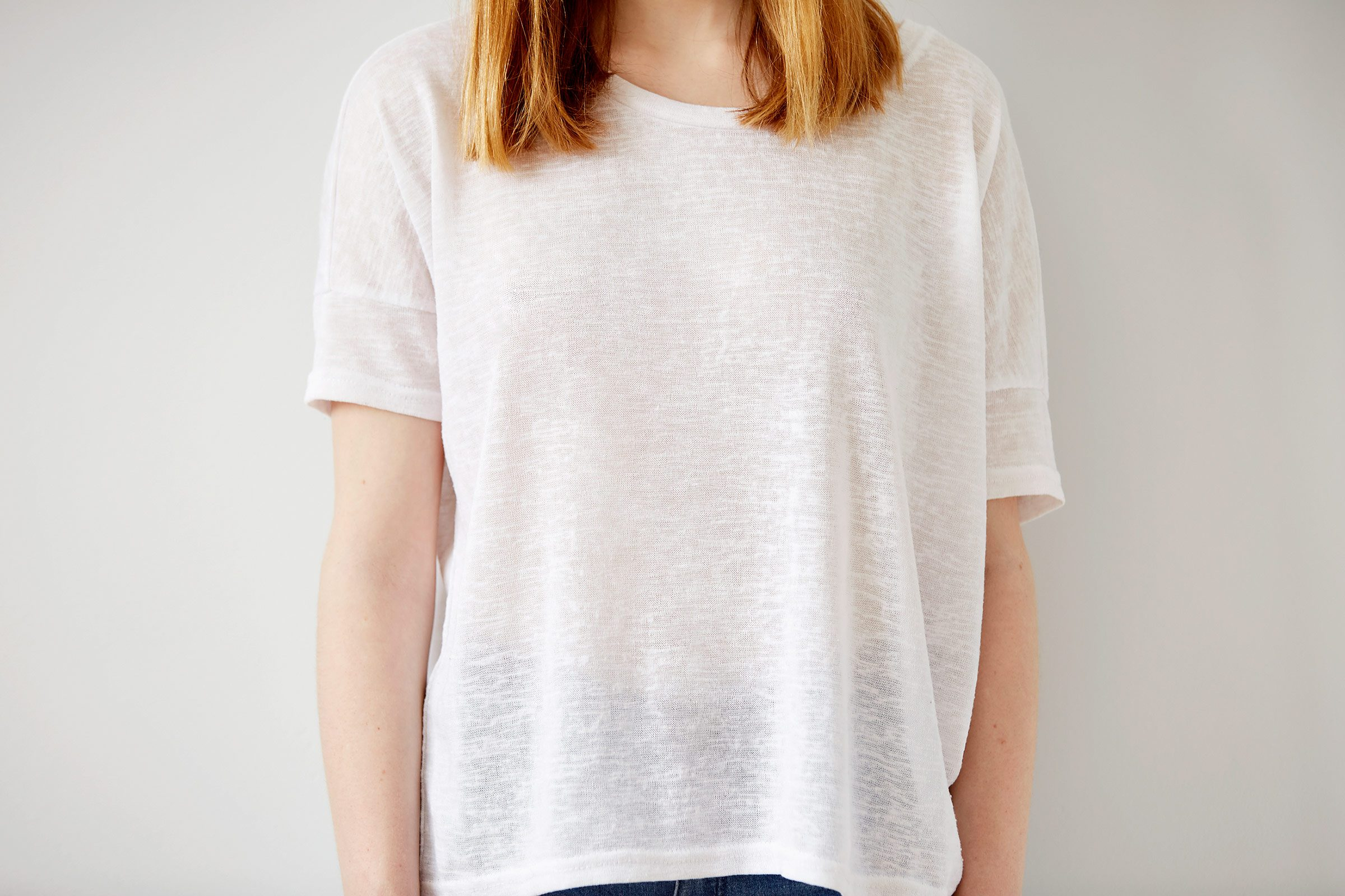 12 outfit mistakes that make you look messy reader 39 s digest for Dingy white t shirts