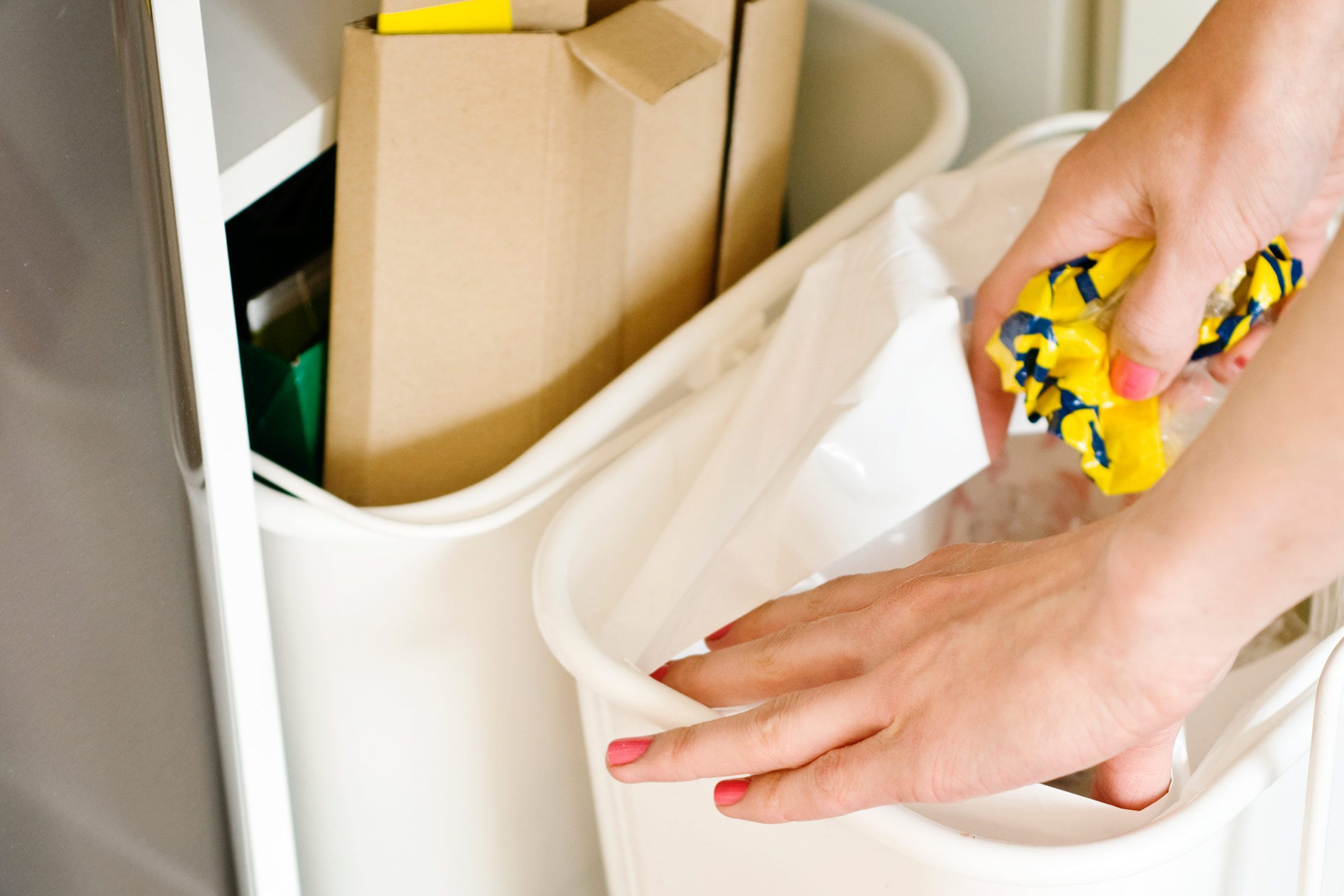 8 fast cleaning fixes to rid of the grime reader s digest