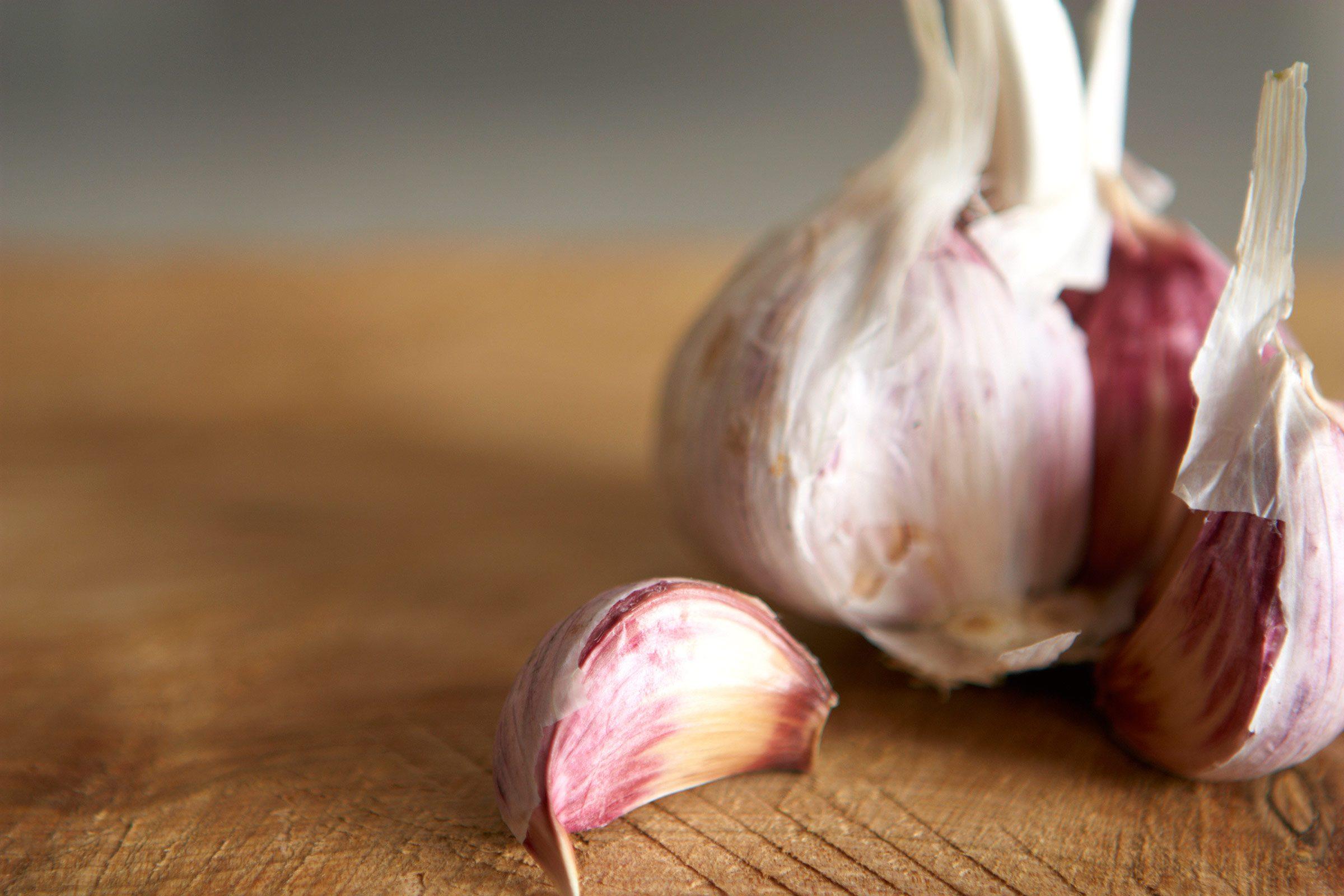 5. Fresh or powdered garlic?