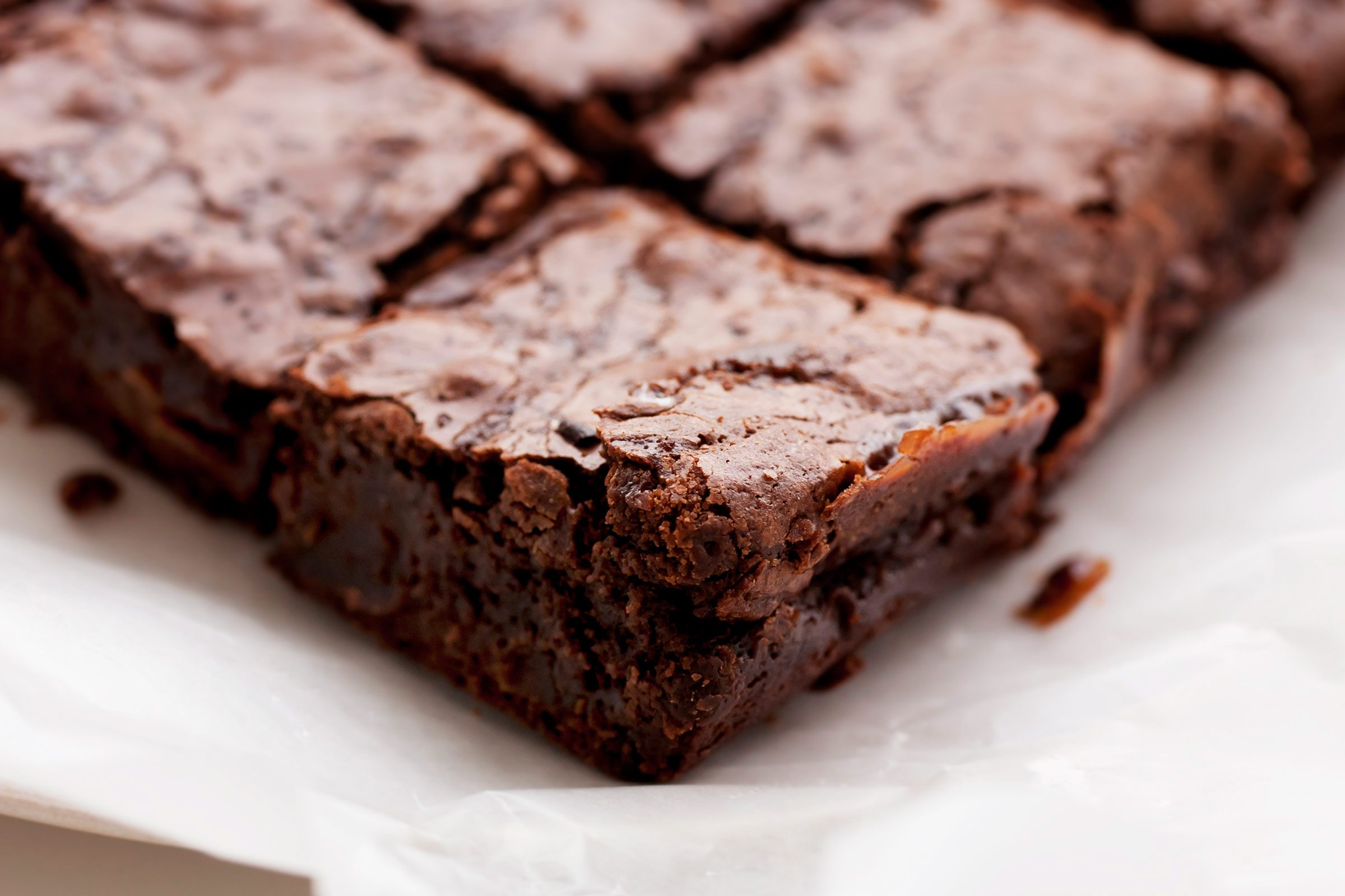 5. Brownies and cookies are good portable desserts.