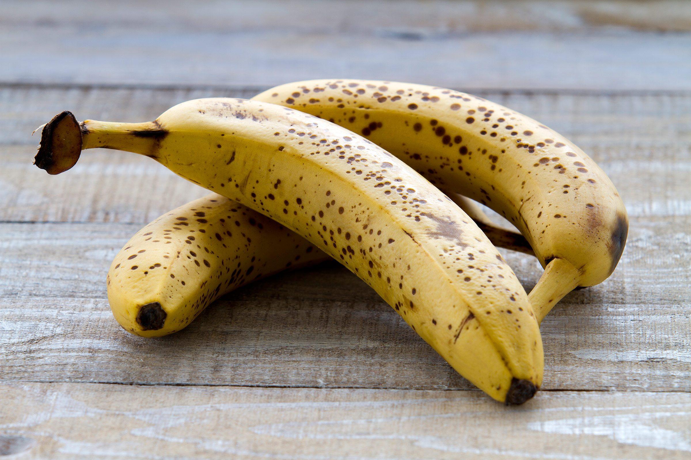 Make bananas pop.