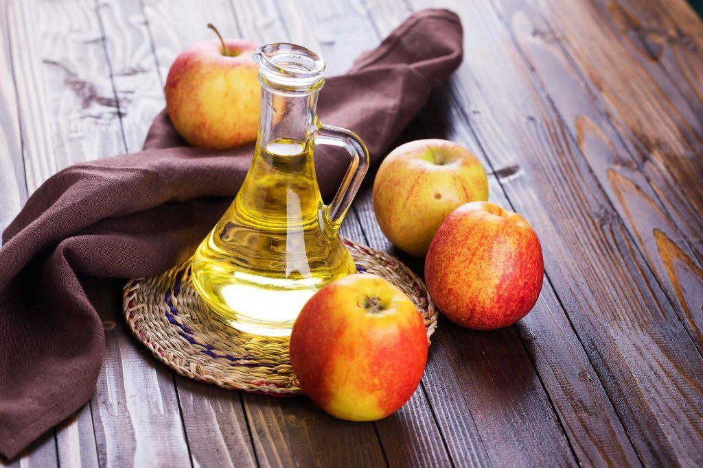 07-foods-bug-bites-cider-vinegar