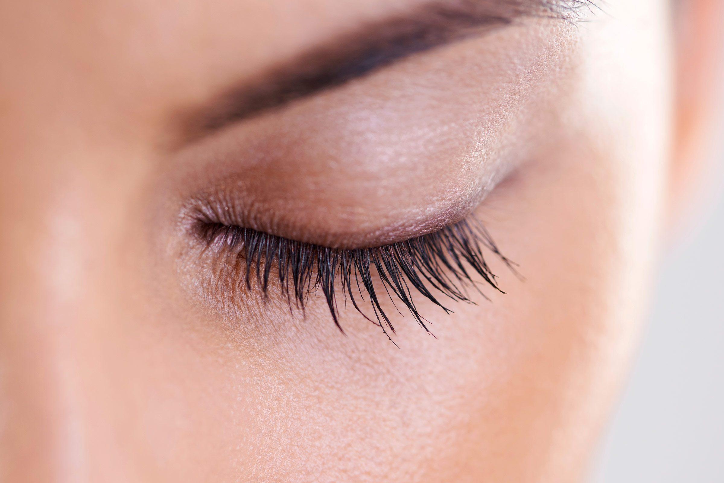 10. Brighten up your eyes